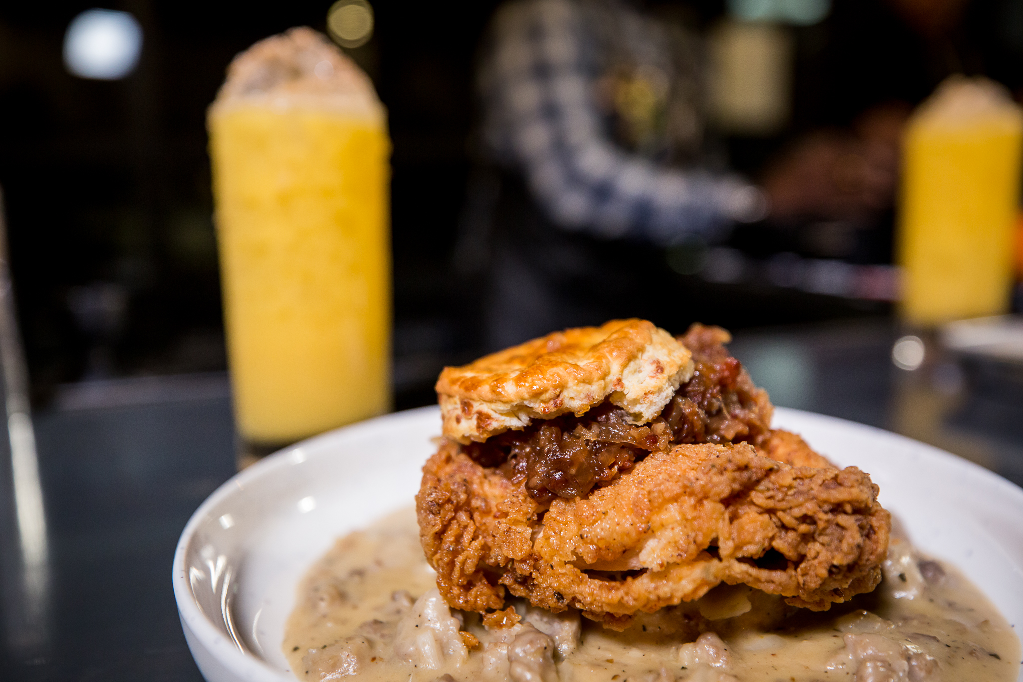 Late-Night Fried Chicken Joint Arrives in Shaw After Fixing Controversial Rap Murals