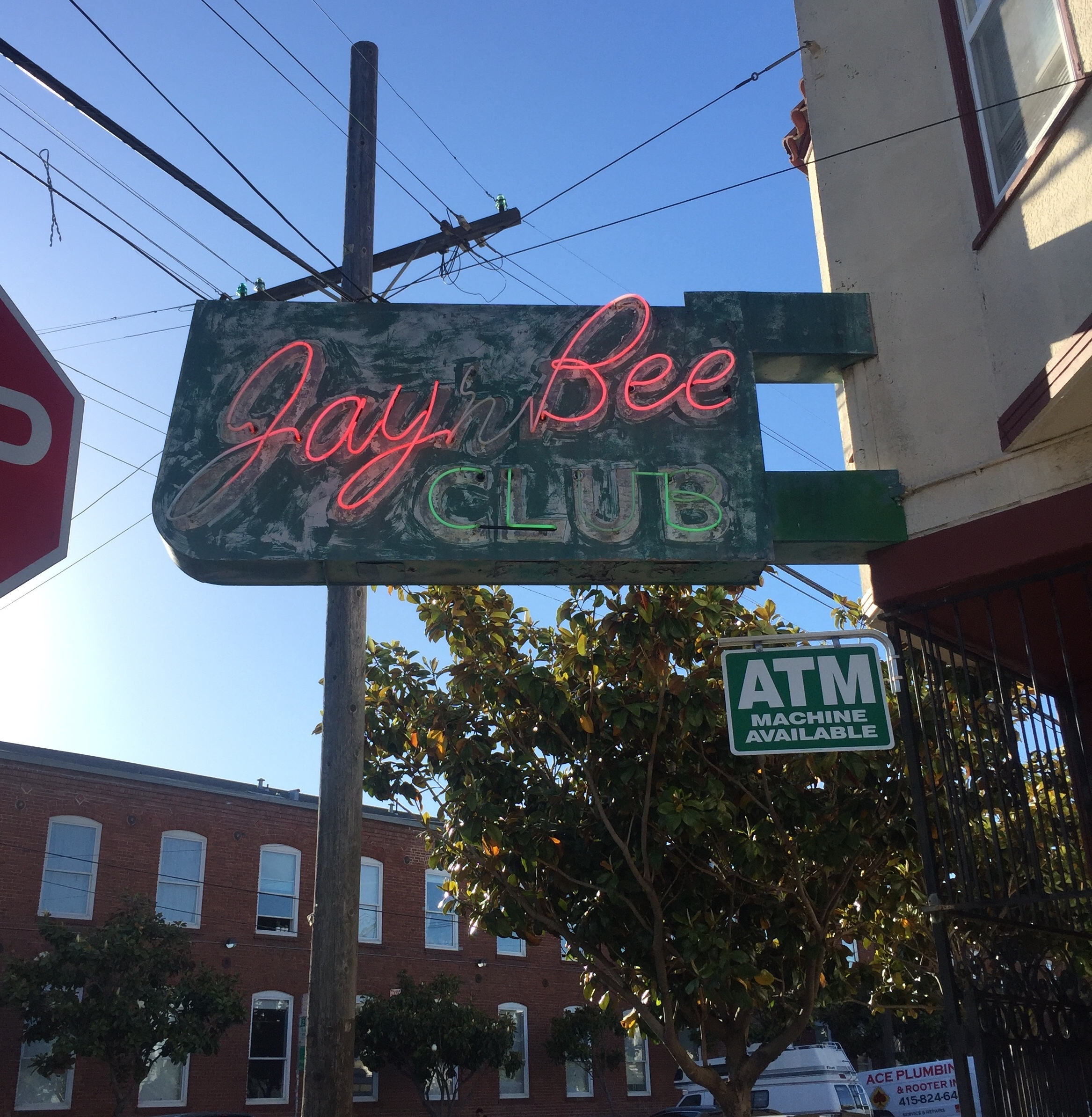 Longstanding Mission Dive Bar Has Served Its Last Pizza and Pitcher
