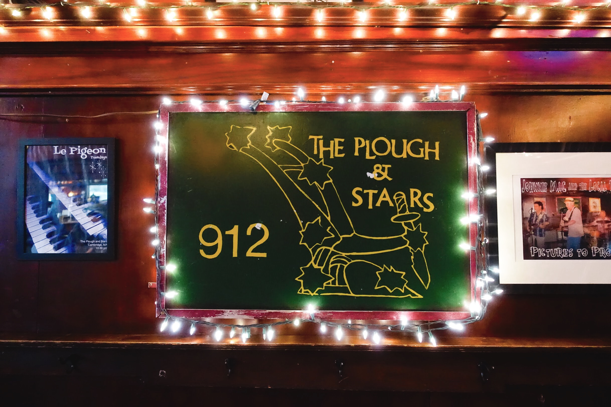 How 50-Year-Old Bar The Plough and Stars Stays Constant in Ever-Changing Central Square