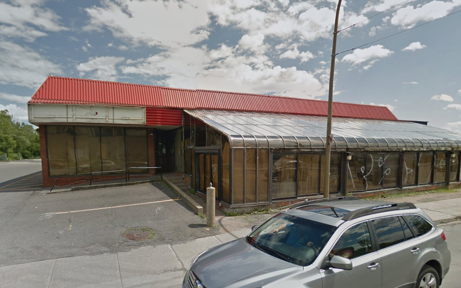 Peter Sergakis to Open 2 Bars in Former NDG Diner Picasso