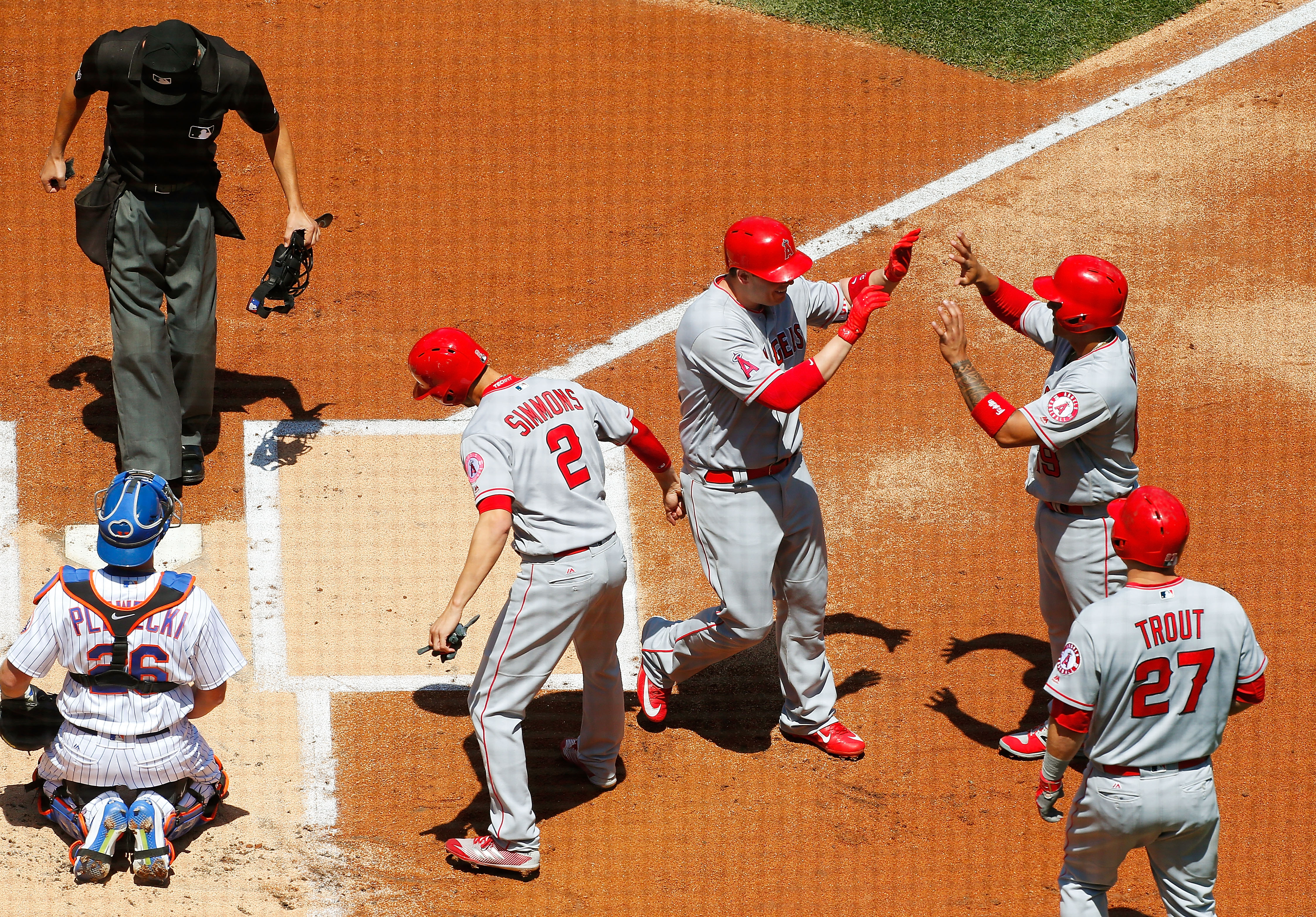 Los Angeles Angels of Anaheim v New York Mets