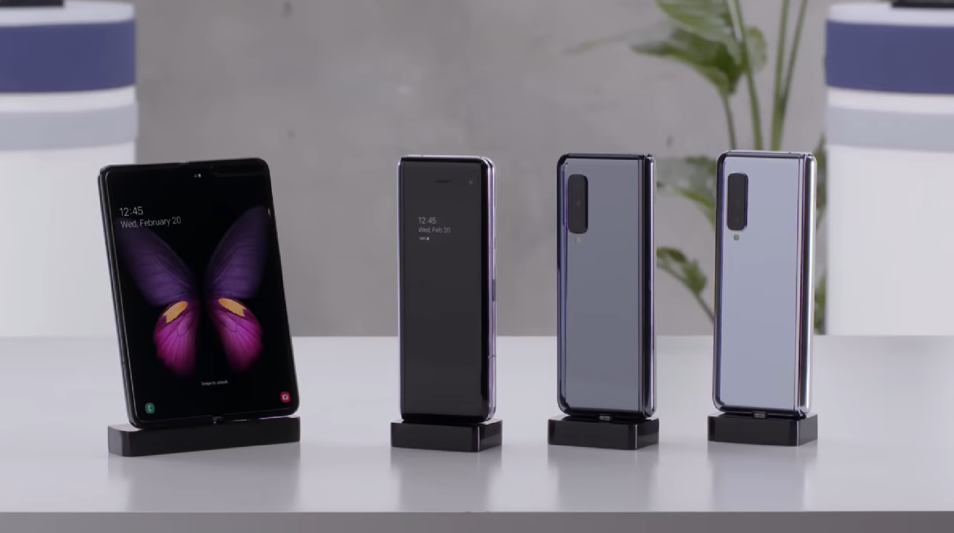 Samsung expects Galaxy Fold supply to be limited, hints at luxury