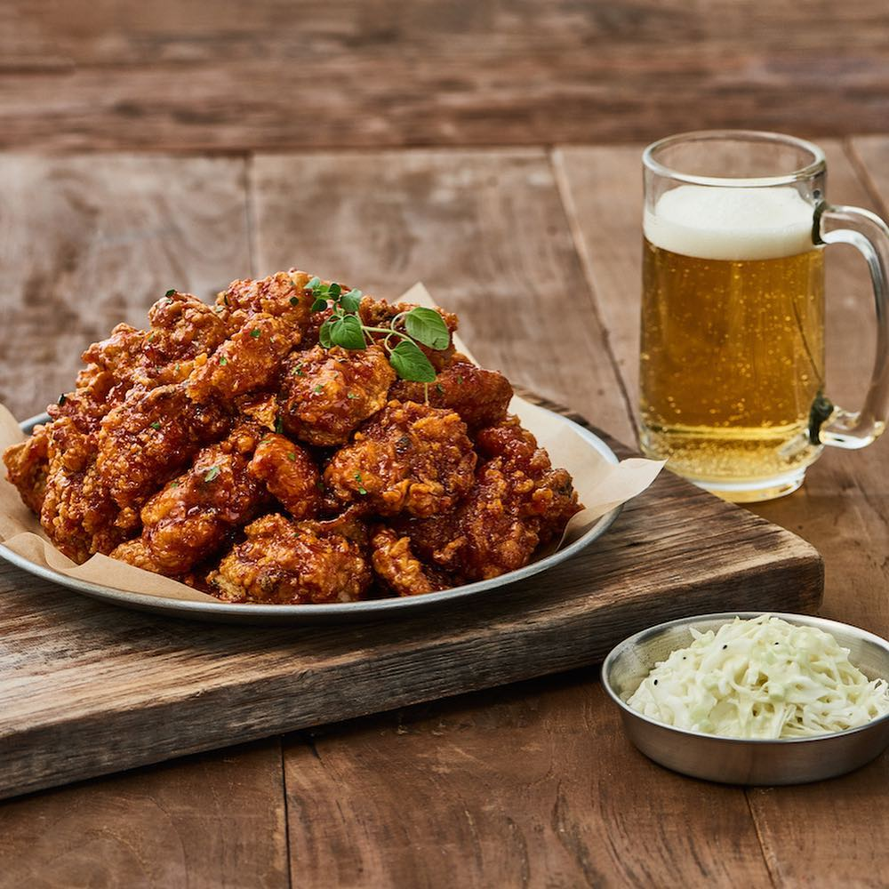 Fried chicken and beer from Left Wing Bar