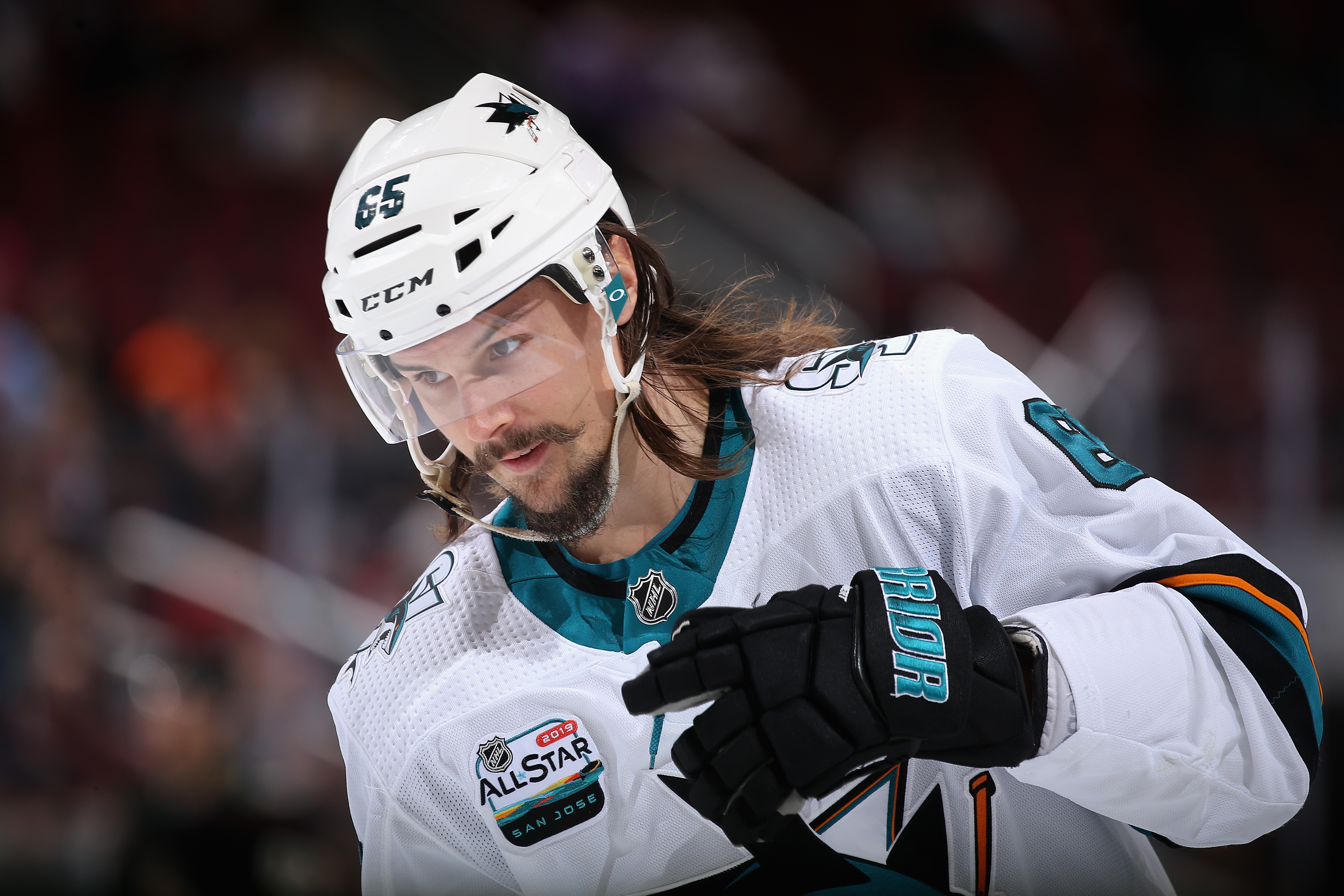 GLENDALE, ARIZONA - DECEMBER 08: Erik Karlsson #65 of the San Jose Sharks skates on the ice during the first period of the NHL game against the Arizona Coyotes at Gila River Arena on December 8, 2018 in Glendale, Arizona.