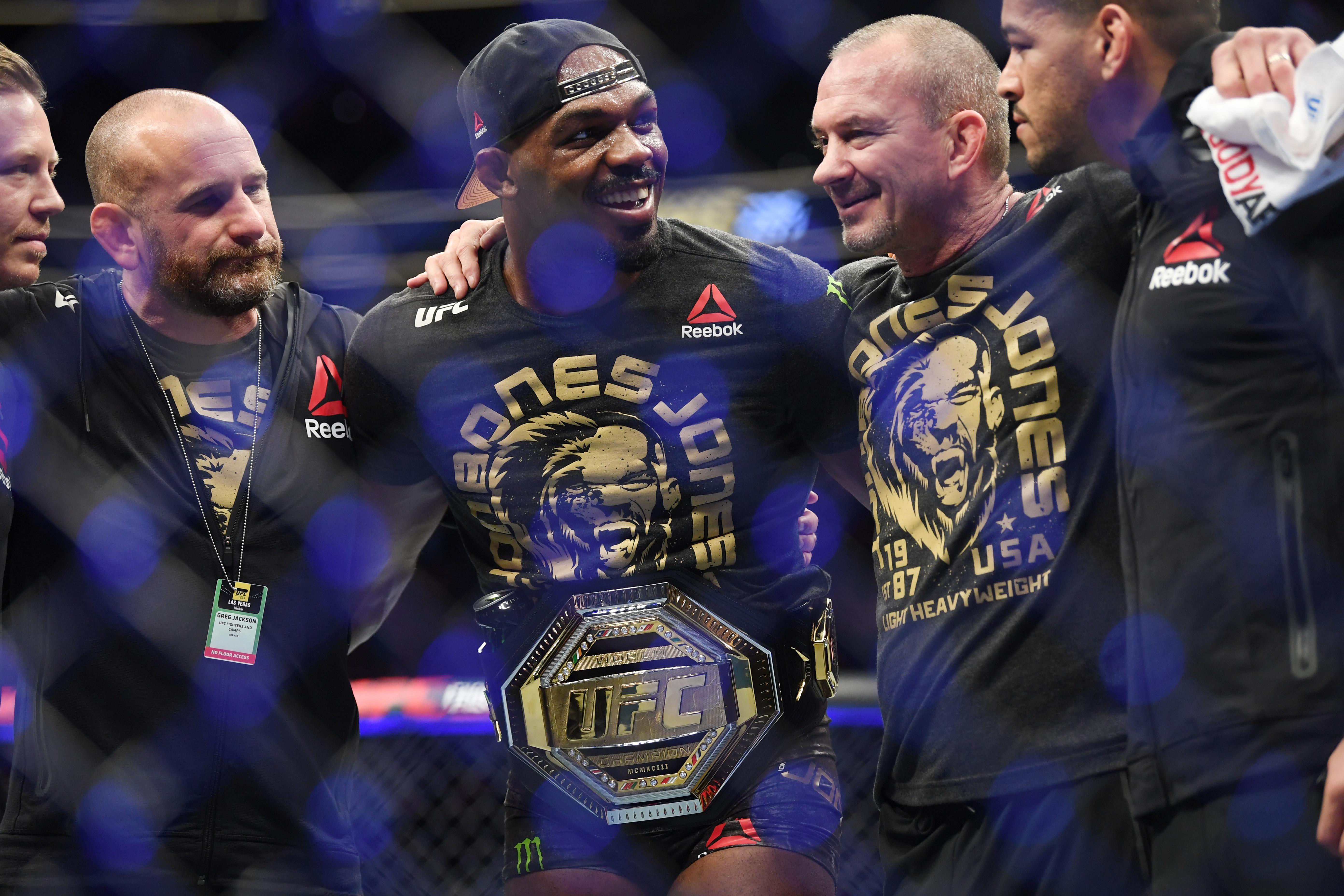 MMA: UFC 235-Jones vs Smith