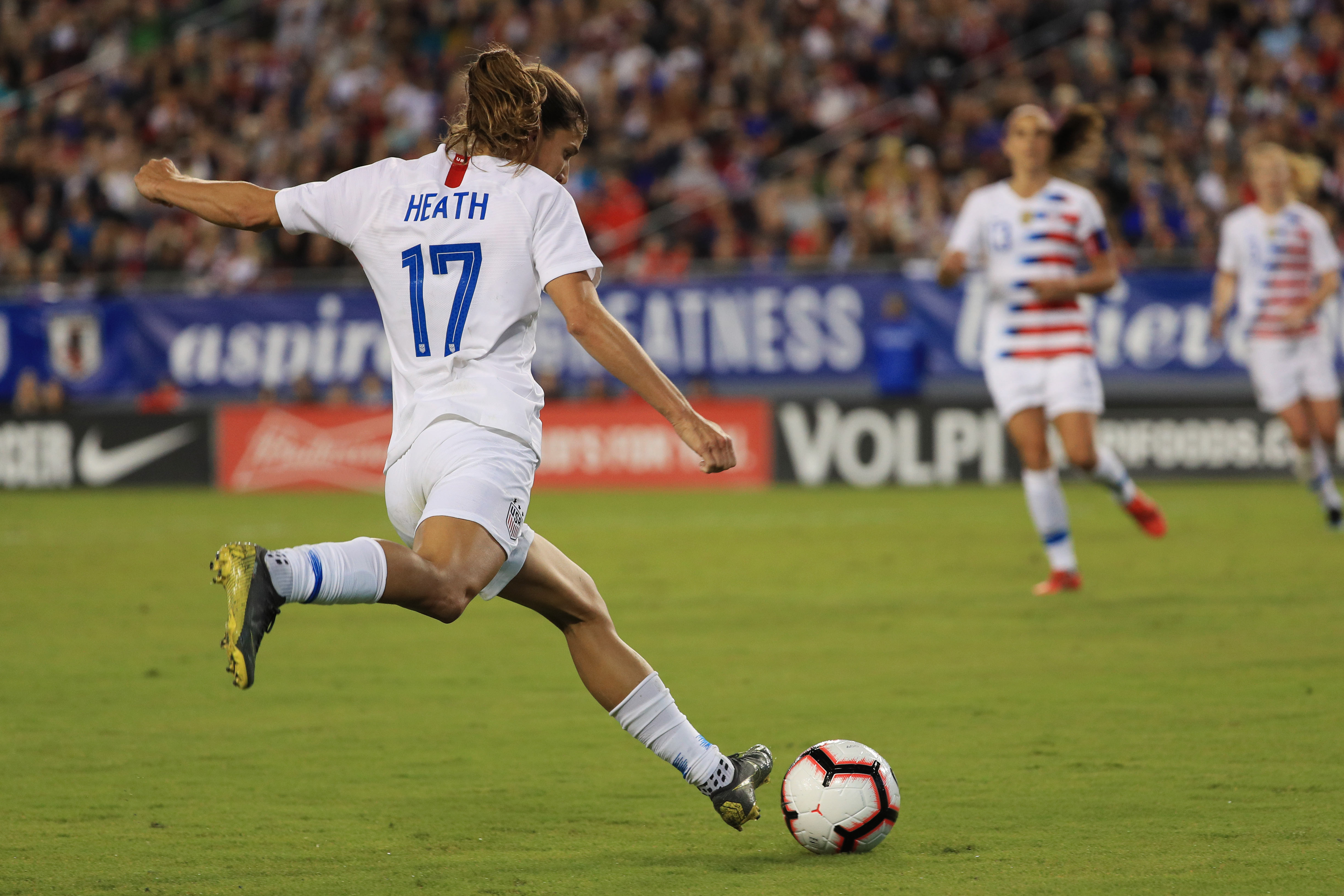 19f4933b1 USWNT sues US Soccer for equal pay