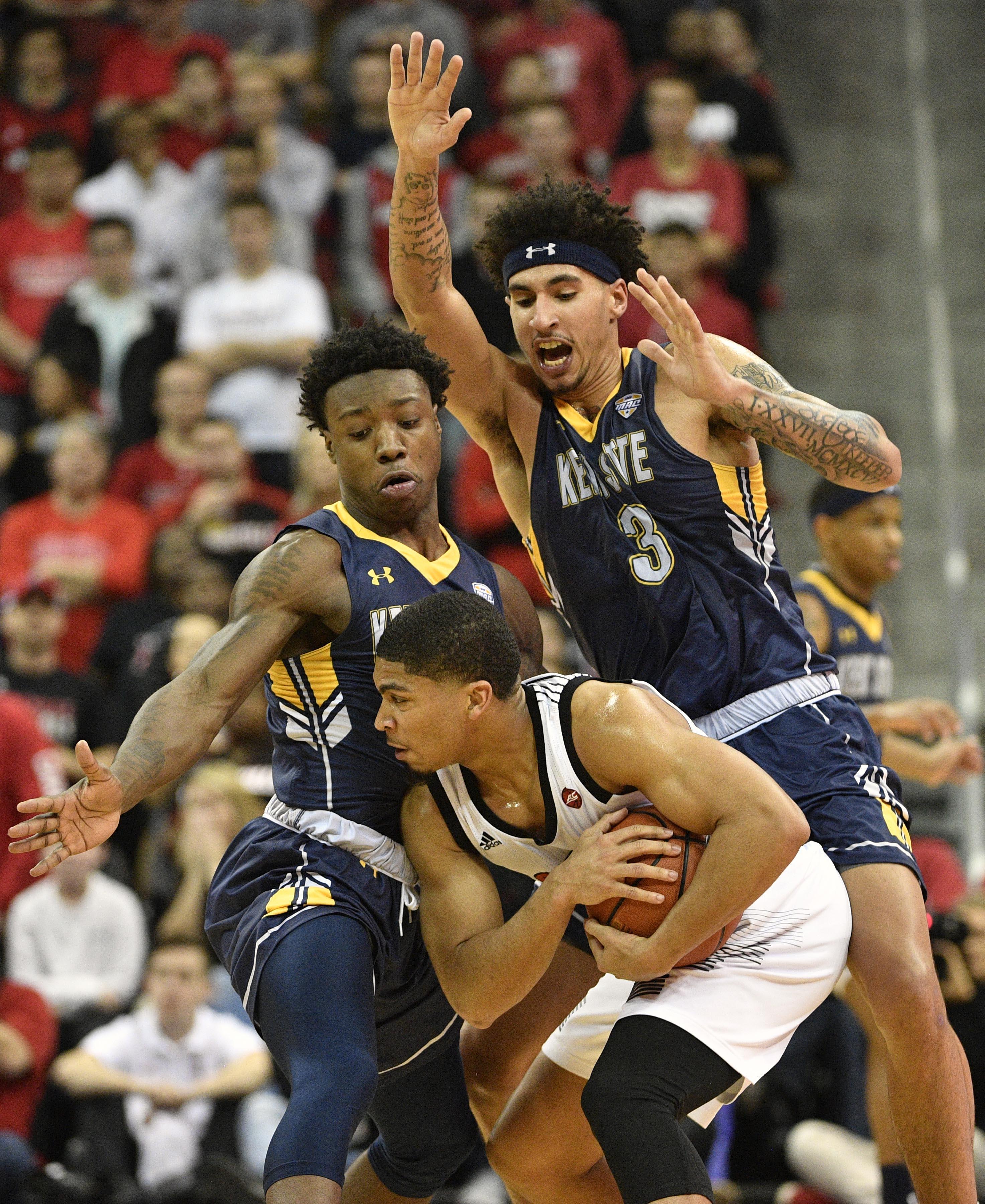 NCAA篮球:路易斯维尔的肯特州立大学