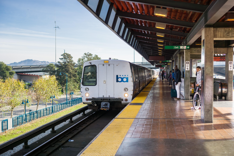 richmond bound train announces - HD6000×4000