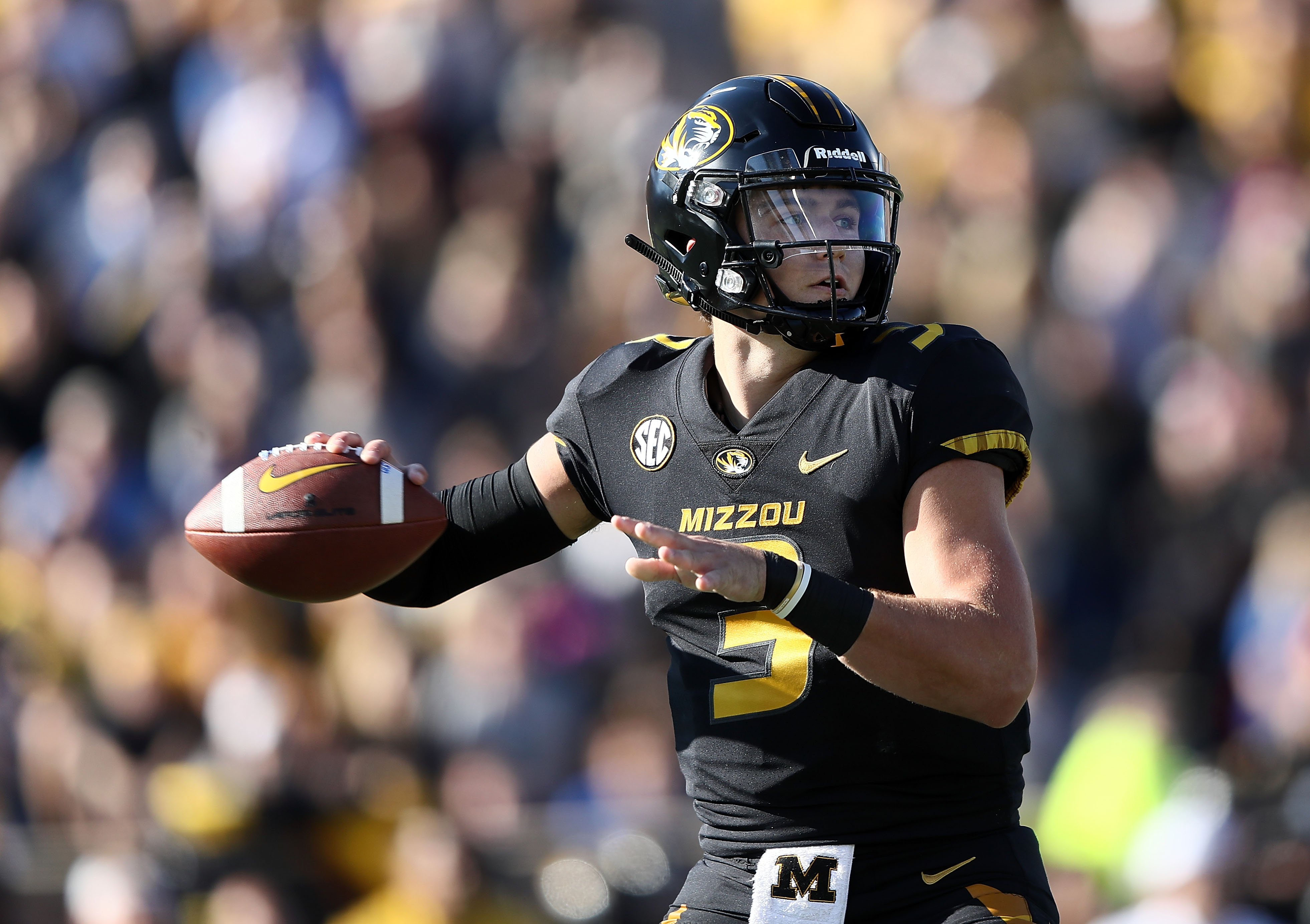 605b344c38b 2019 NFL Mock Draft Roundup  Drew Lock is the top pick for the Redskins