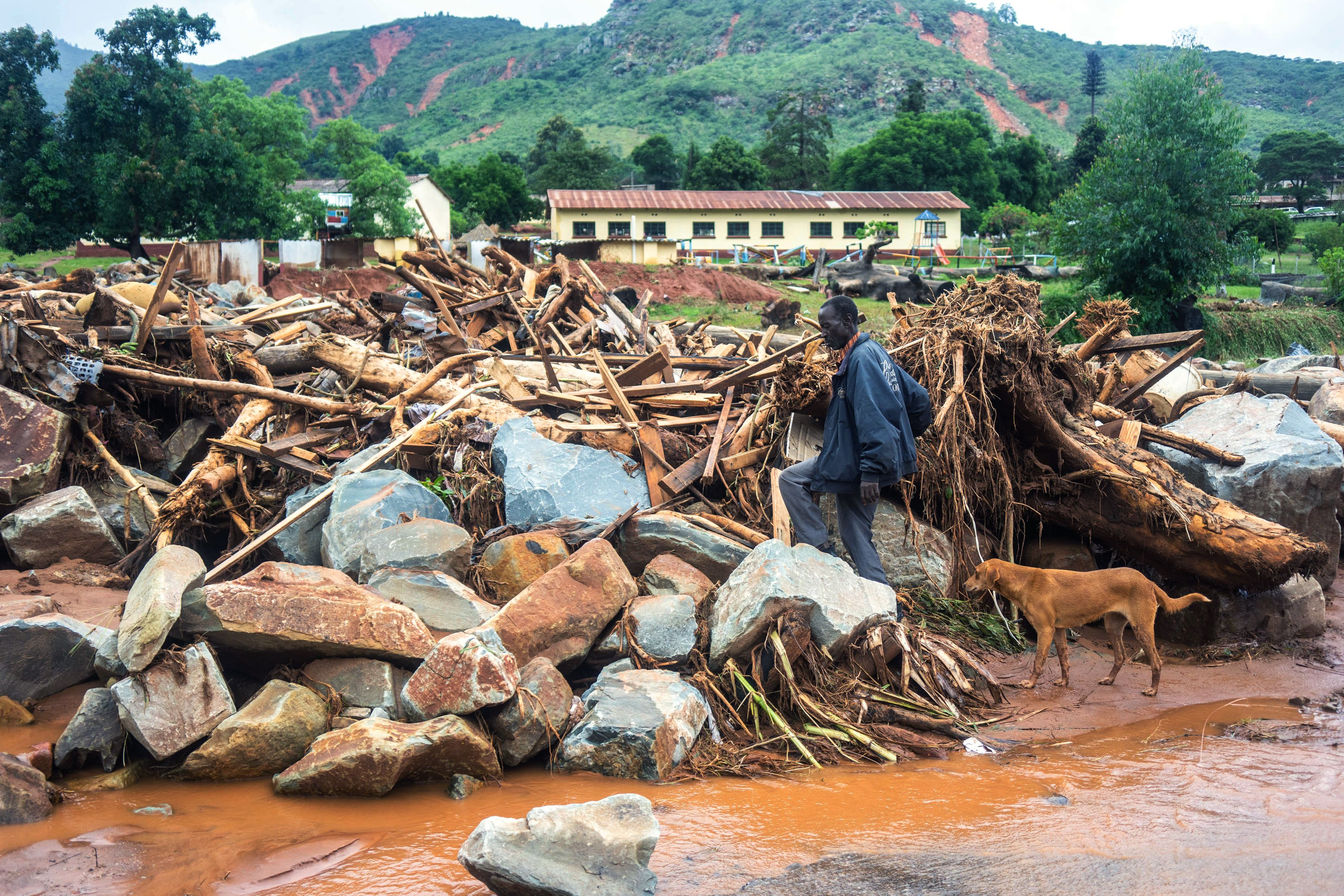 """Cyclone Idai: """"The scale of devastation is enormous"""""""