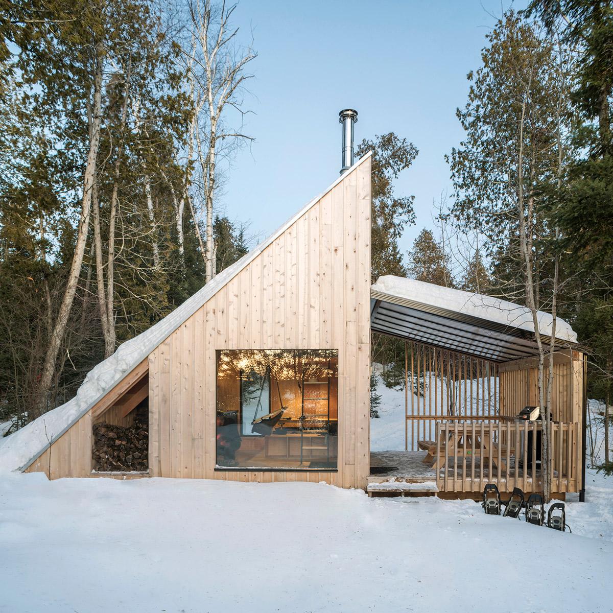 Cozy compact cabin remixes the A-frame