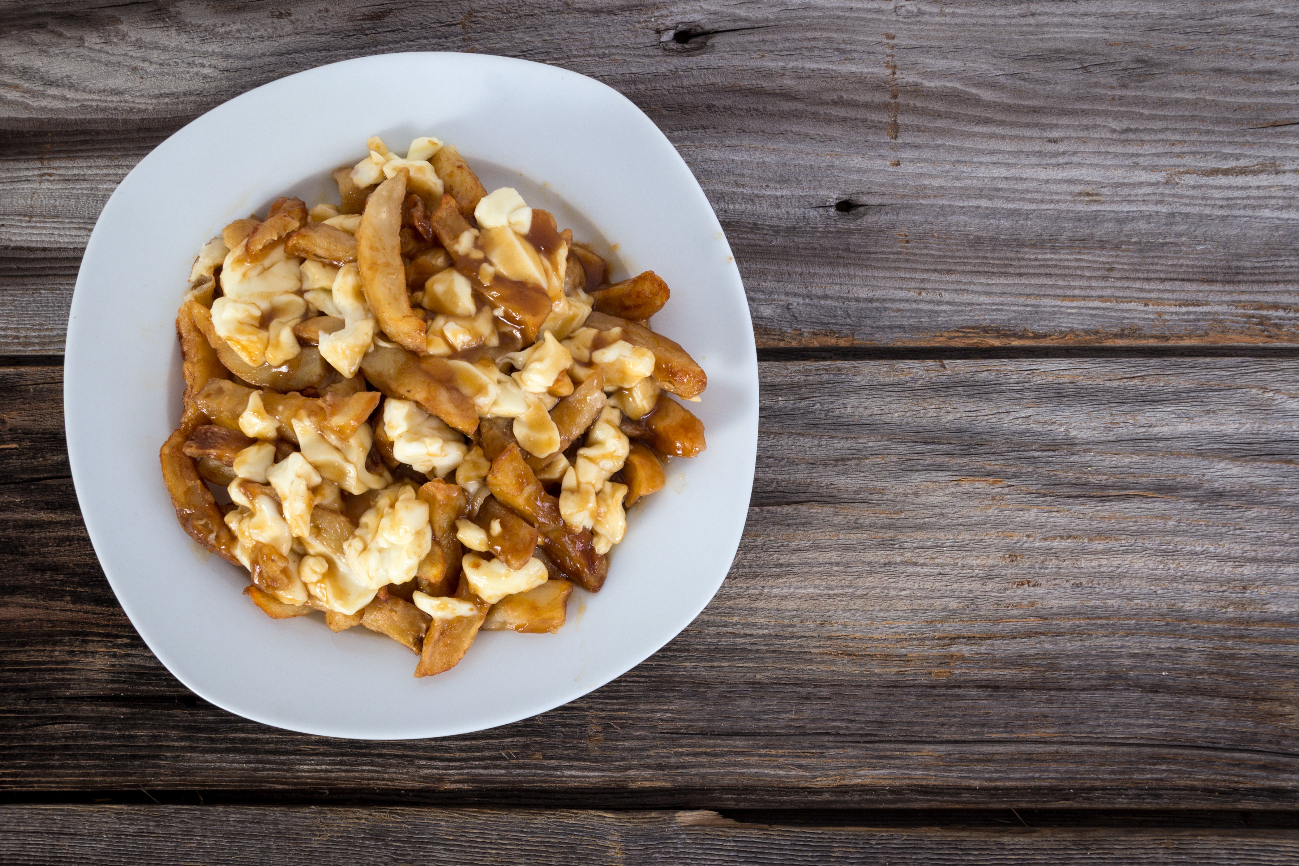 Quebec Chain Valentine Wants a Poutine Emoji to Be Created