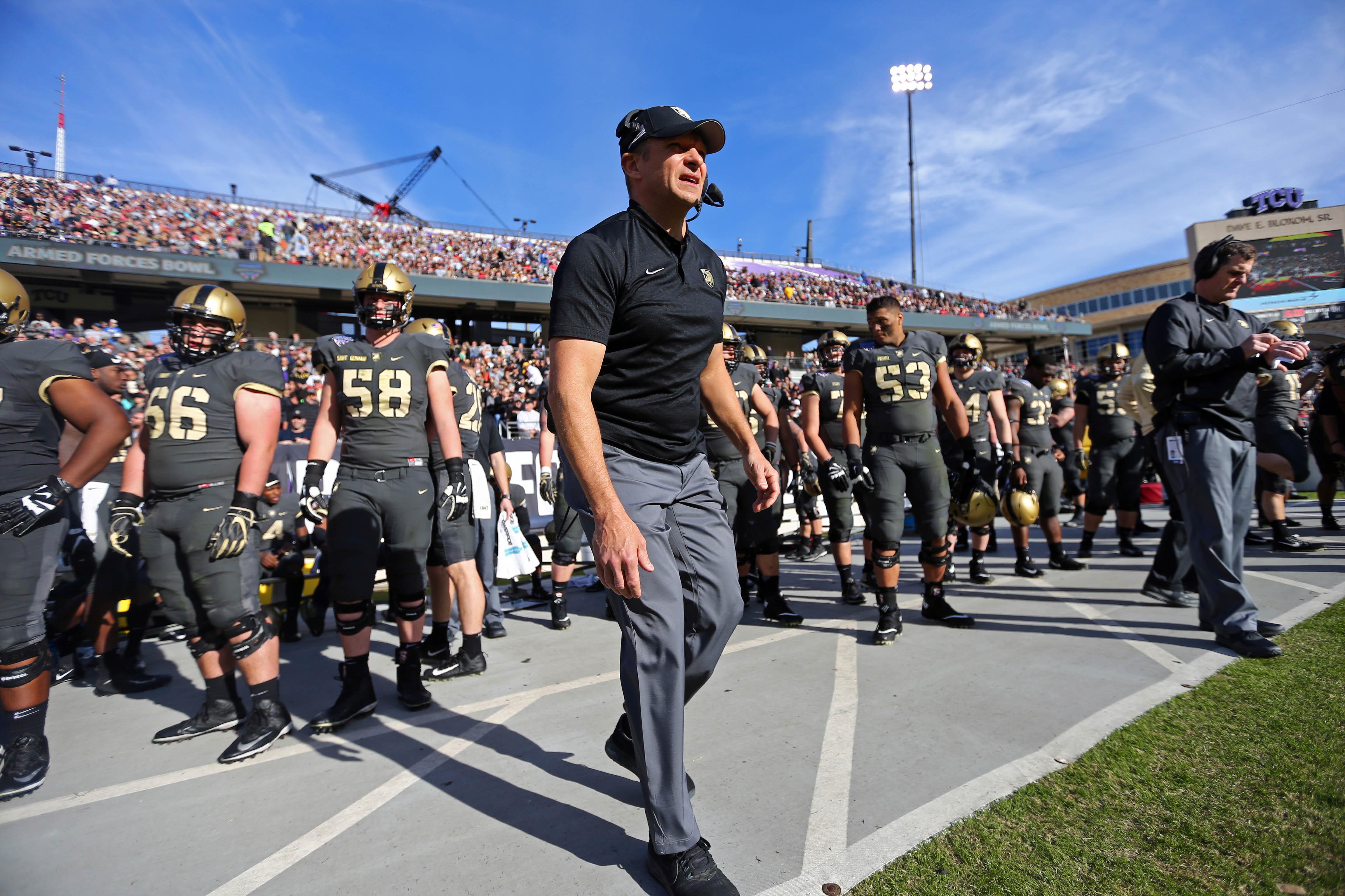 NCAA Football: Armed Forces Bowl-Army vs Houston
