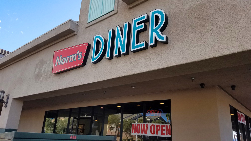 Norm's Diner opens in Henderson