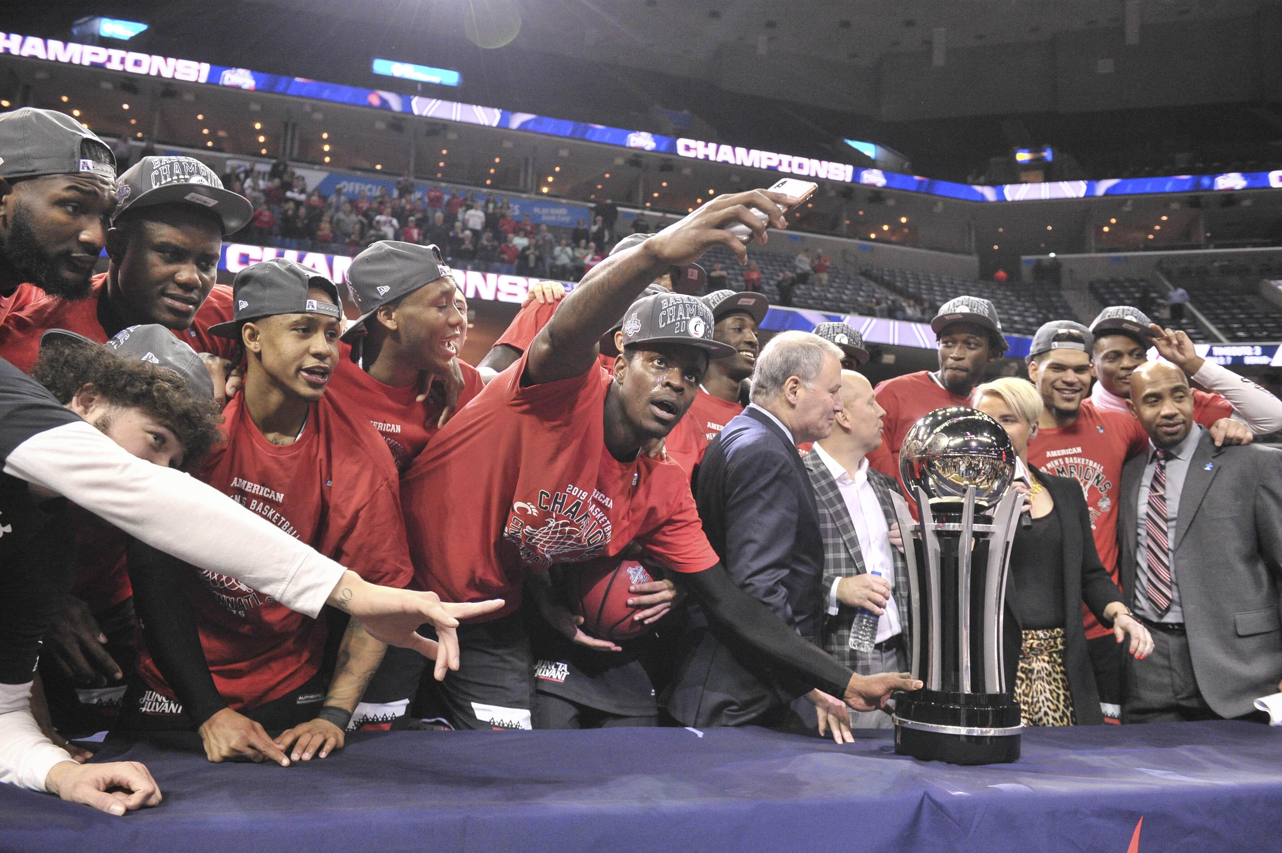 NCAA Basketball: American Athletic Conference Tournament-Houston vs Cincinnati
