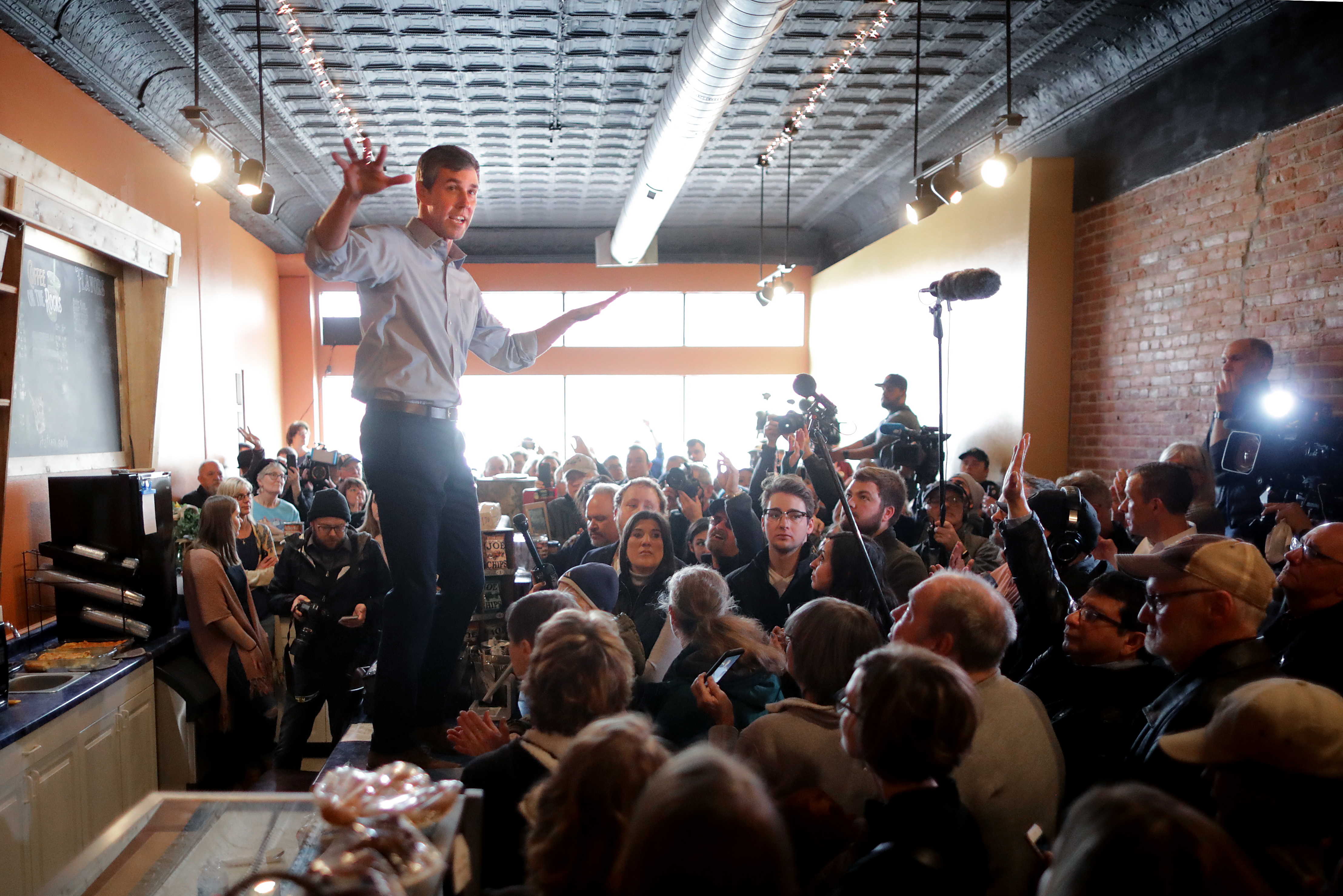 Beto O'Rourke countertops and tables