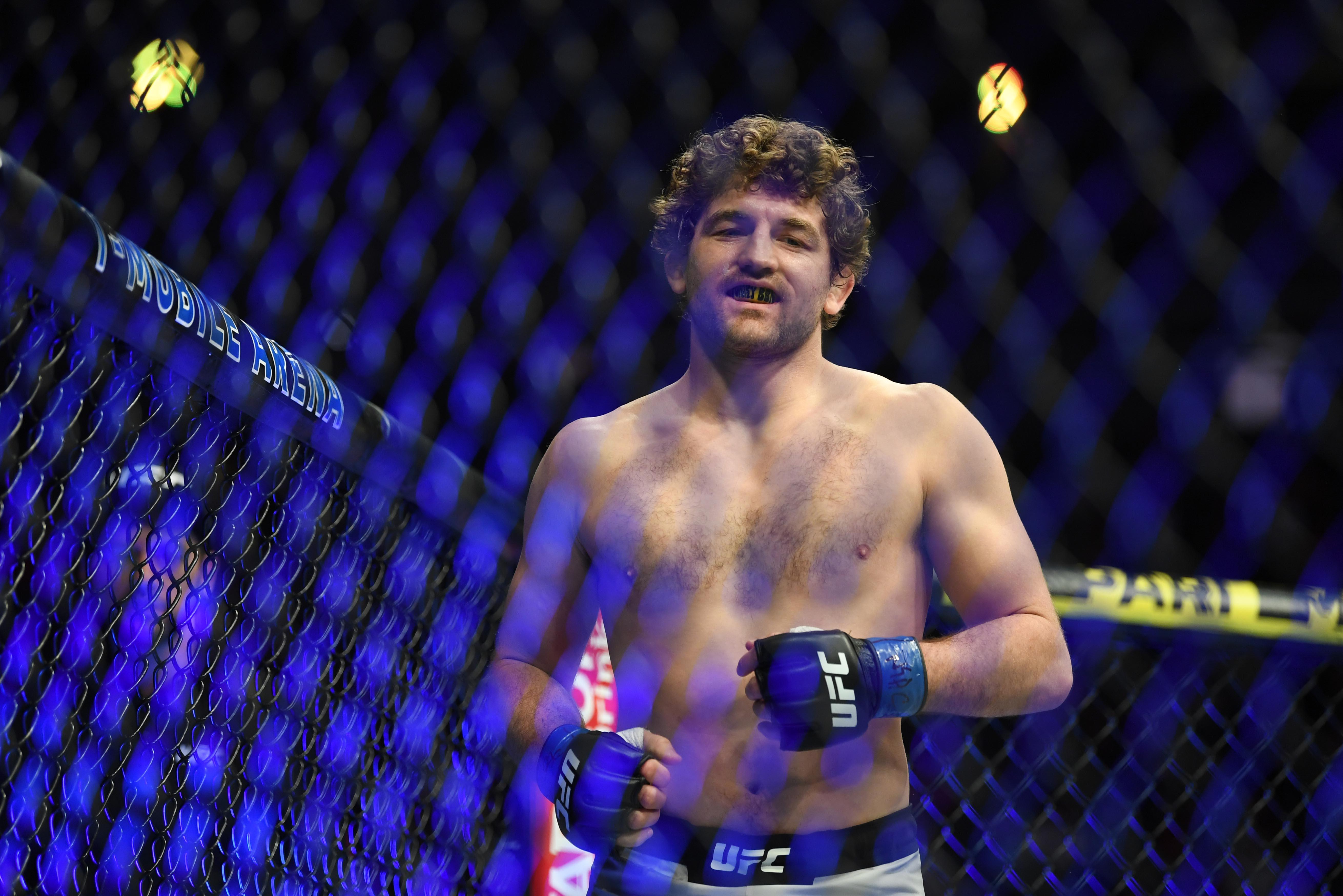 MMA: UFC 235-Lawler vs Askren