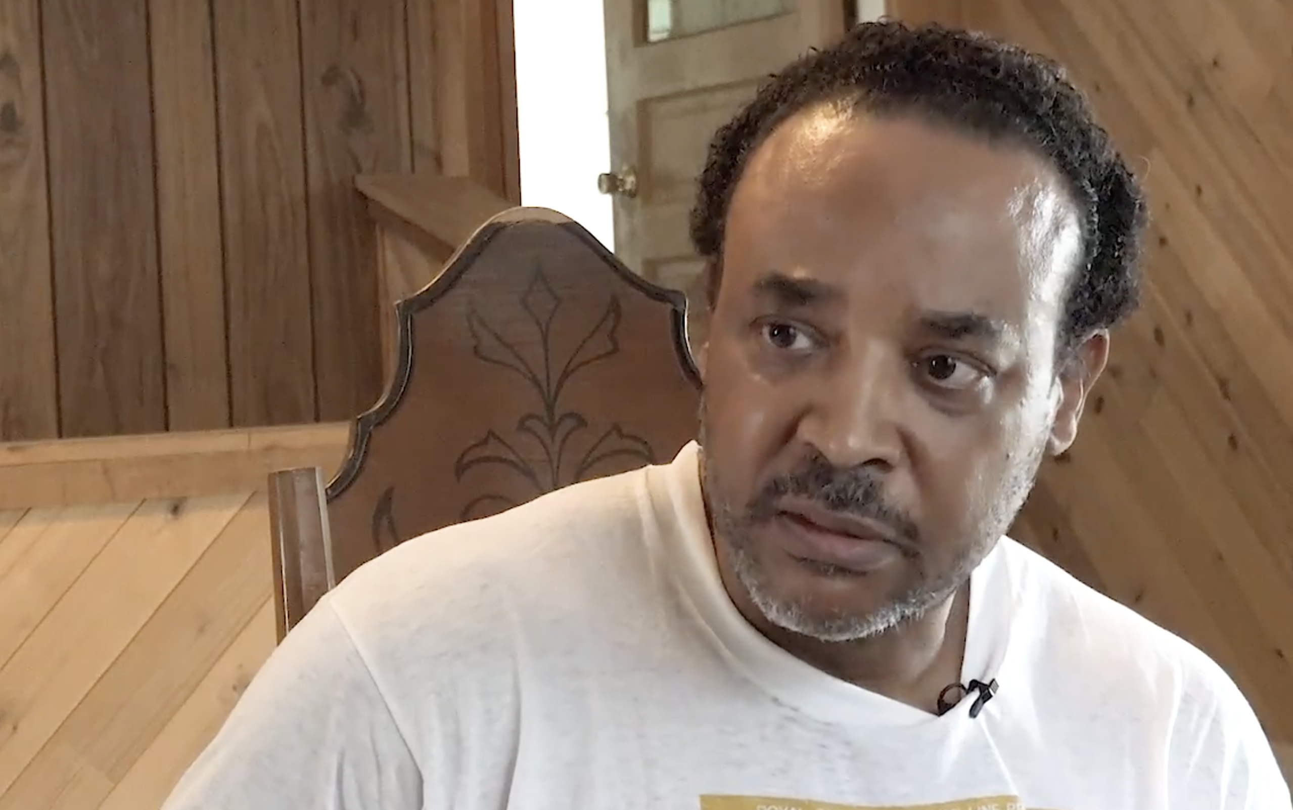 """""""Moving while black"""": the ACLU says a Kansas homeowner was racially profiled by police"""