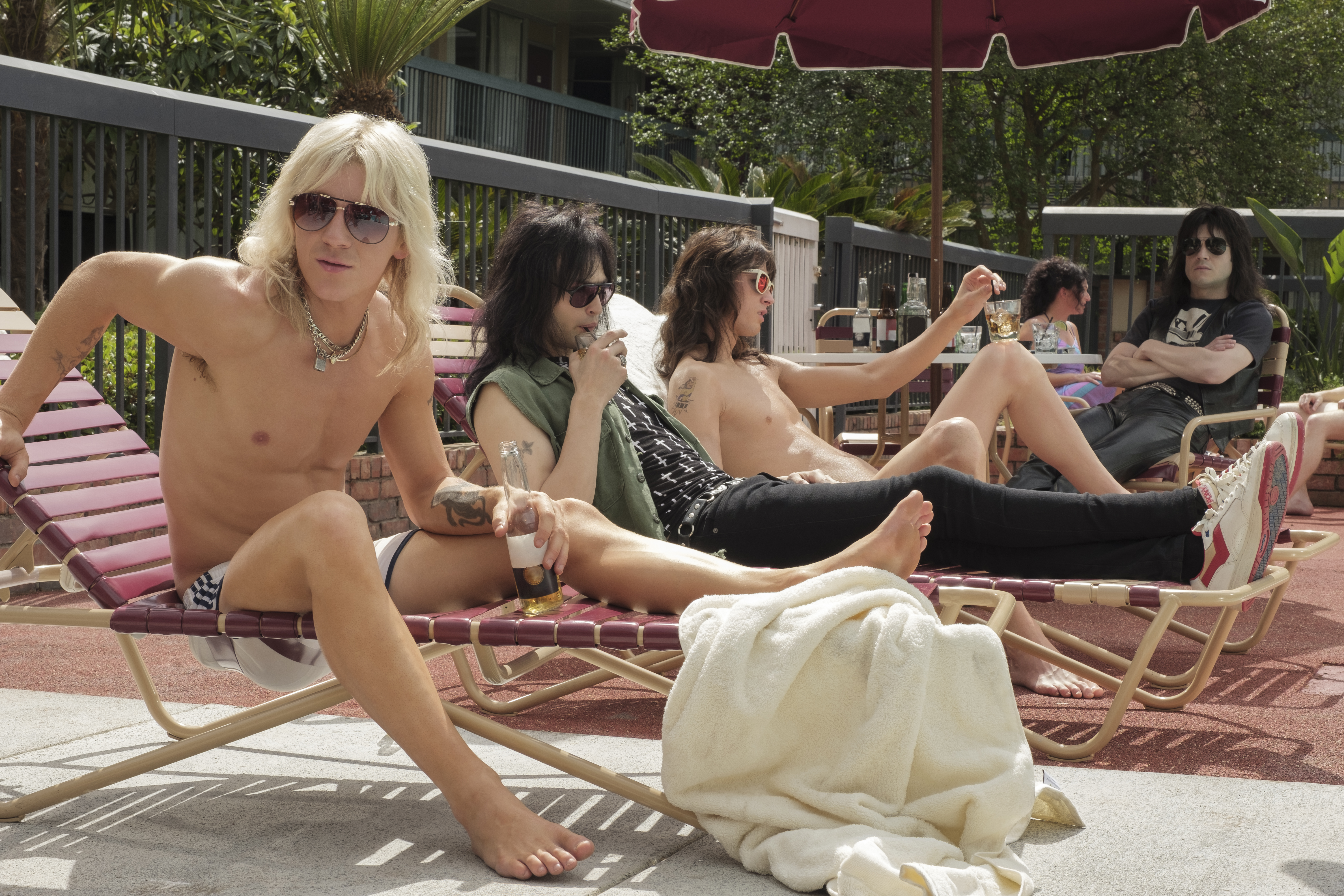 Netflix's The Dirt review: they somehow made Mötley Crüe boring
