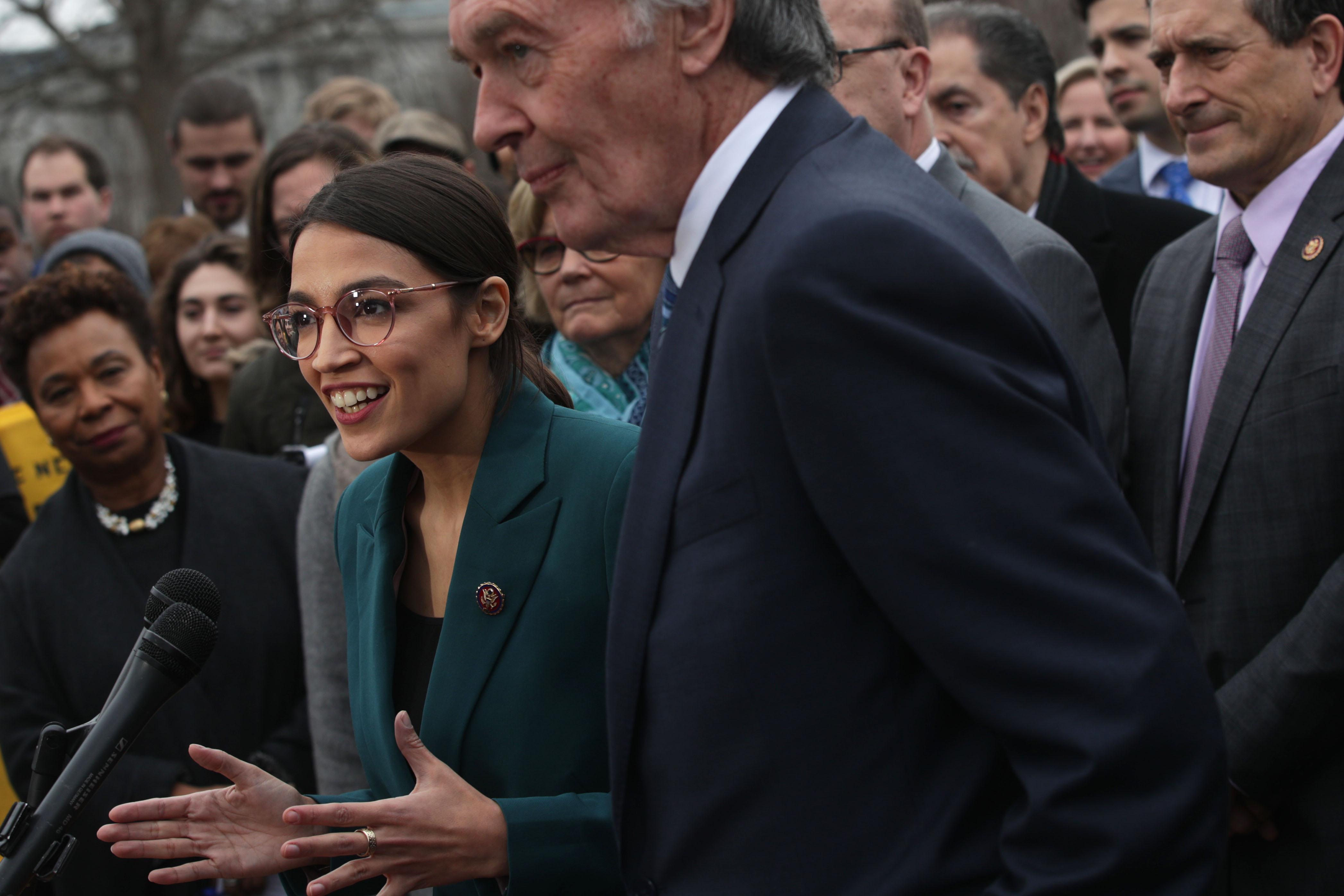 "Green New Deal vote: Senate Democrats plan to shut down Republican trolling and vote ""present"""