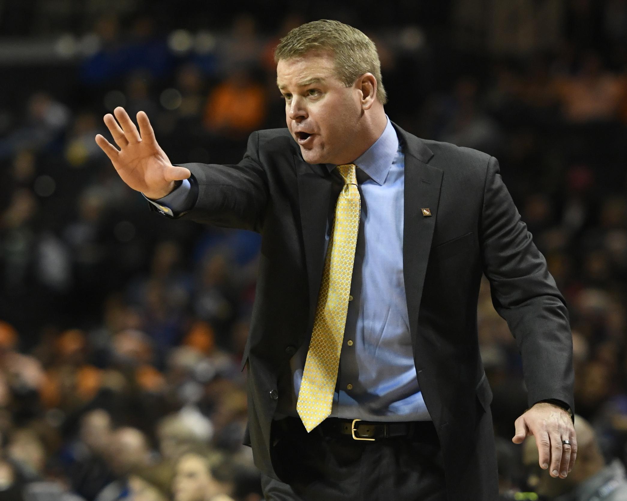 Marquette head coach Steve Wojciechowski