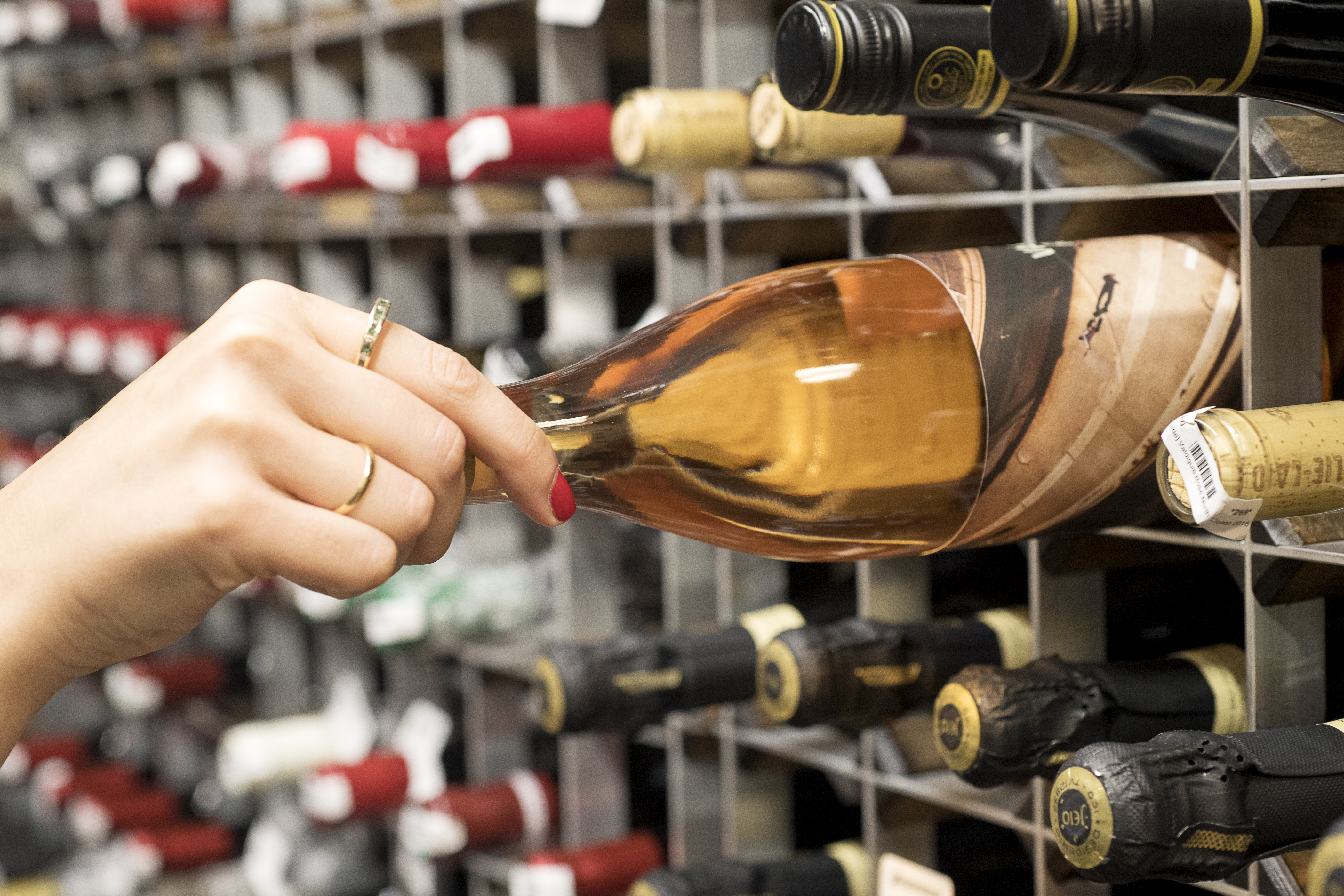Kourtney Kardashian's Organic Wine Recommendations Are Surprisingly Good