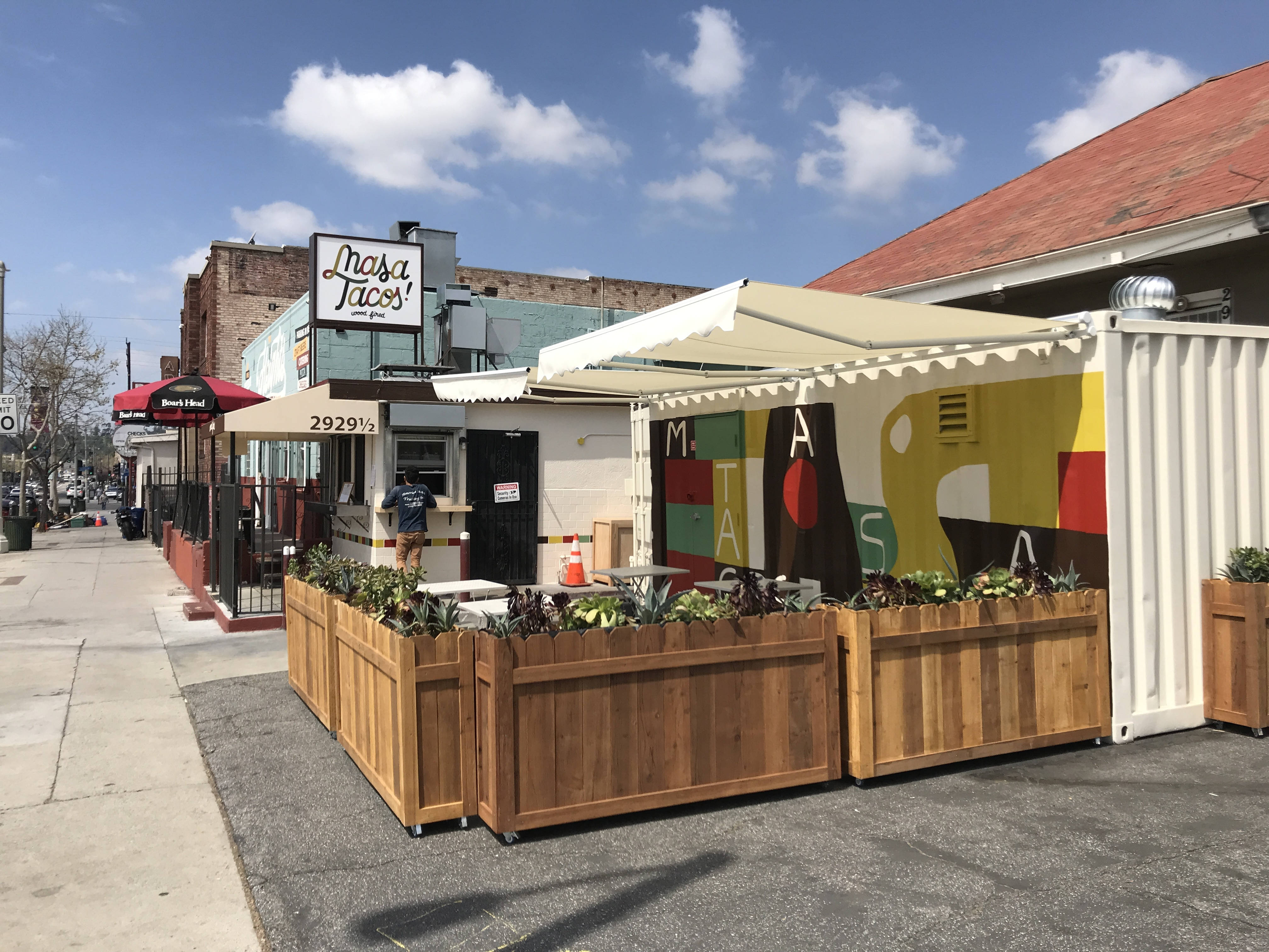 New Taco Shop Serves Grilled Carne Asada in Lincoln Heights With a