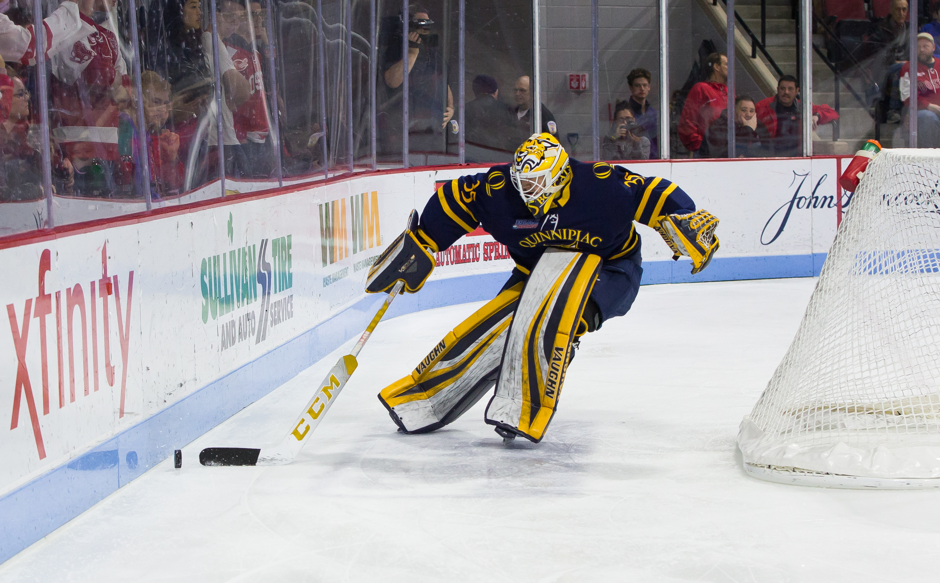 Andrew Shortridge of the Quinnipiac University Bobcats tends goal against the Boston University Terriers during NCAA men's hockey at Agganis Arena on January 19, 2019 in Boston, Massachusetts. The Bobcats won 4-3 on a goal with 2.5 seconds remaining in re