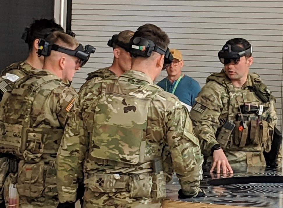 Here's the US Army version of HoloLens that Microsoft employees were protesting