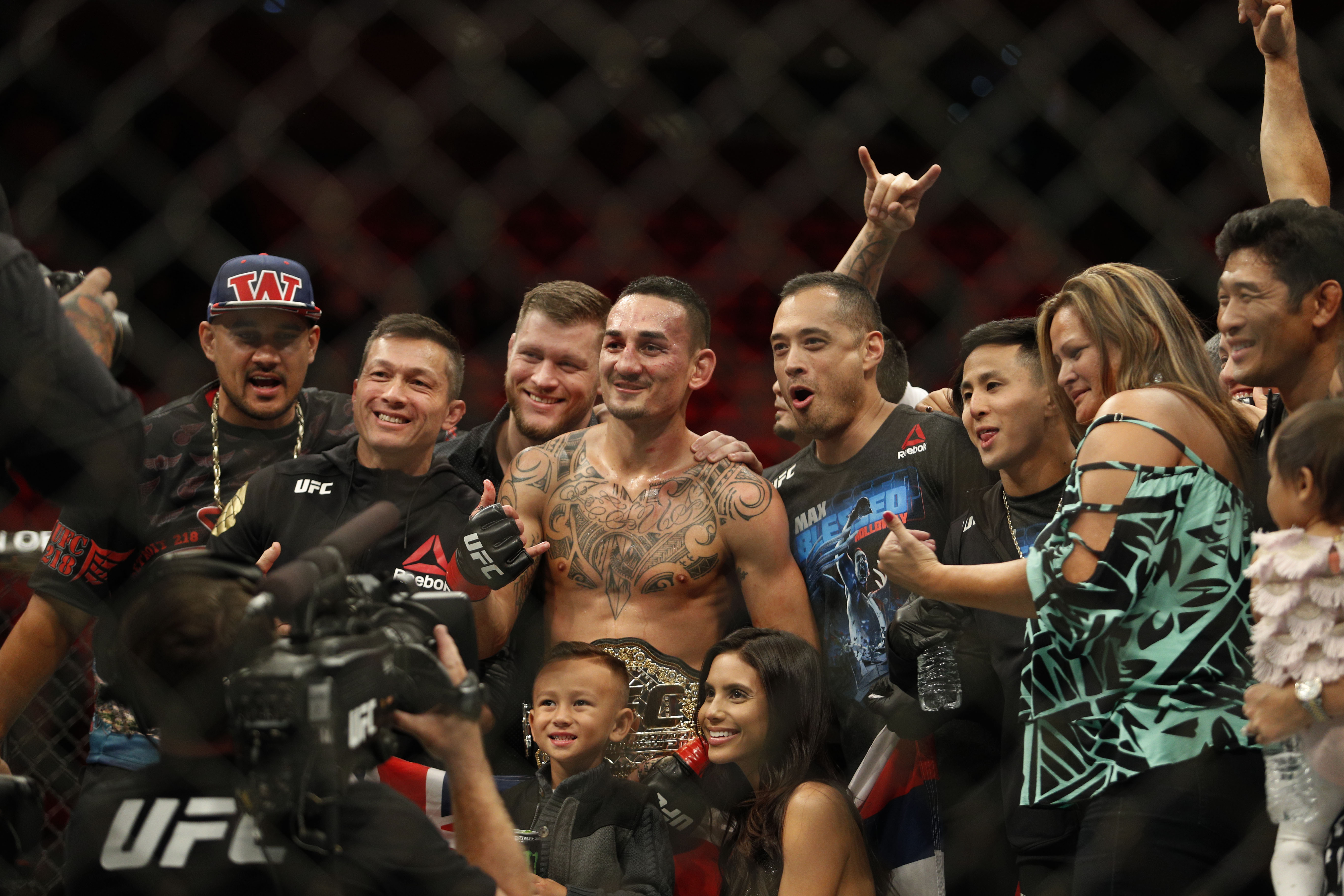 MMA: UFC 218-Holloway vs Aldo
