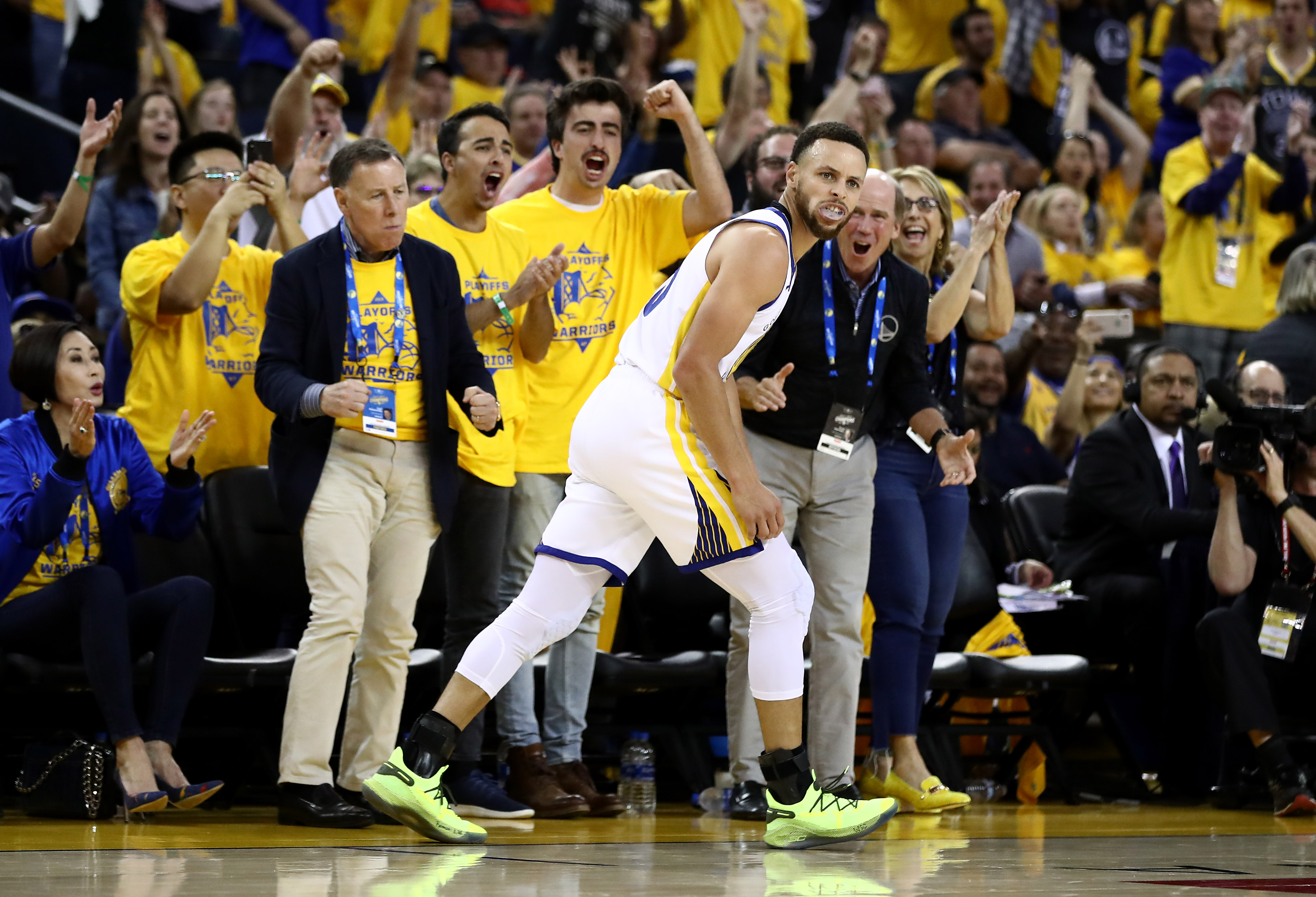 Steph Curry's 6 highlights show his arrogance is on another level