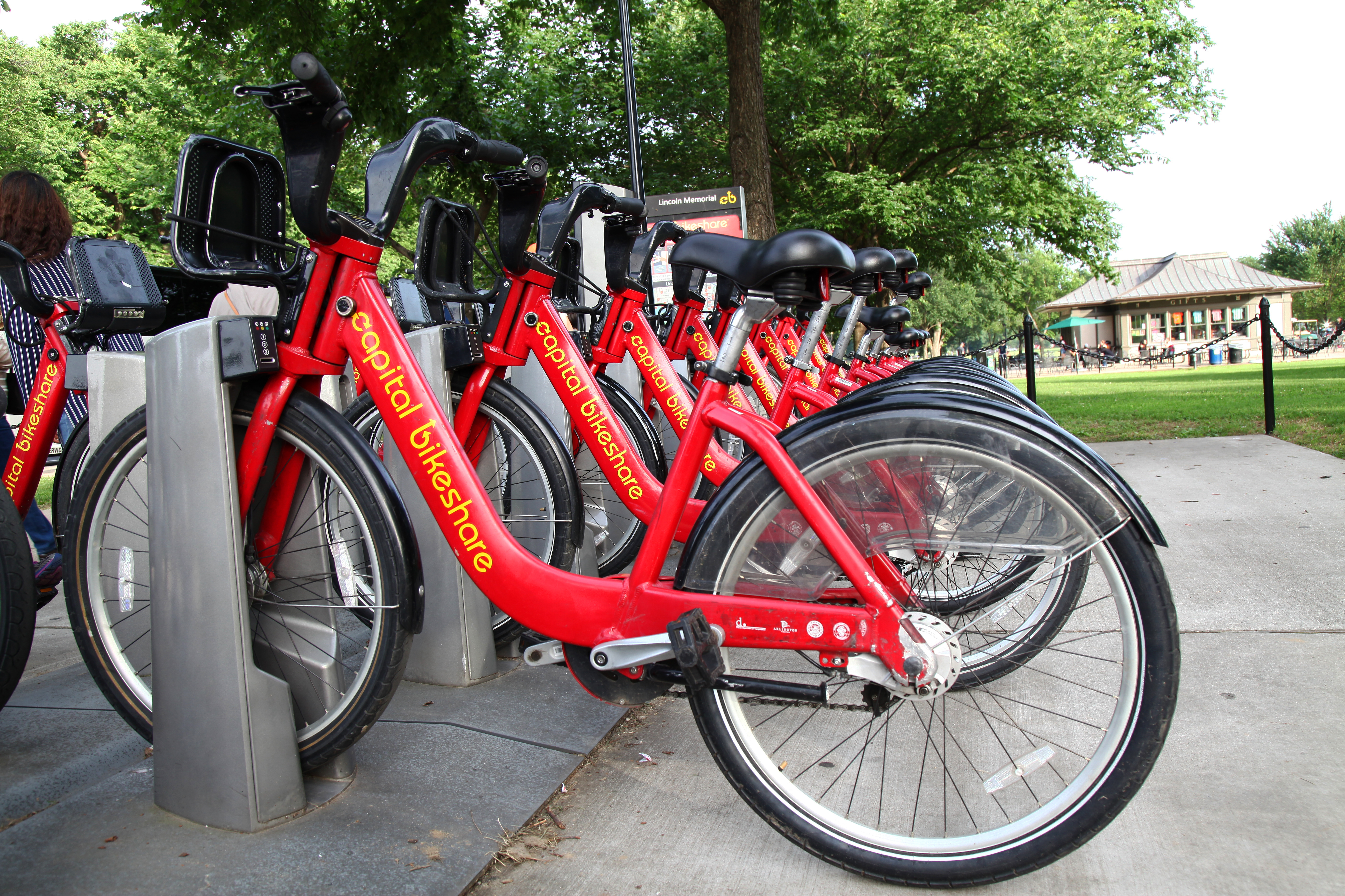 Capital Bikeshare temporarily takes its electric bikes out of service after reports of brake issues