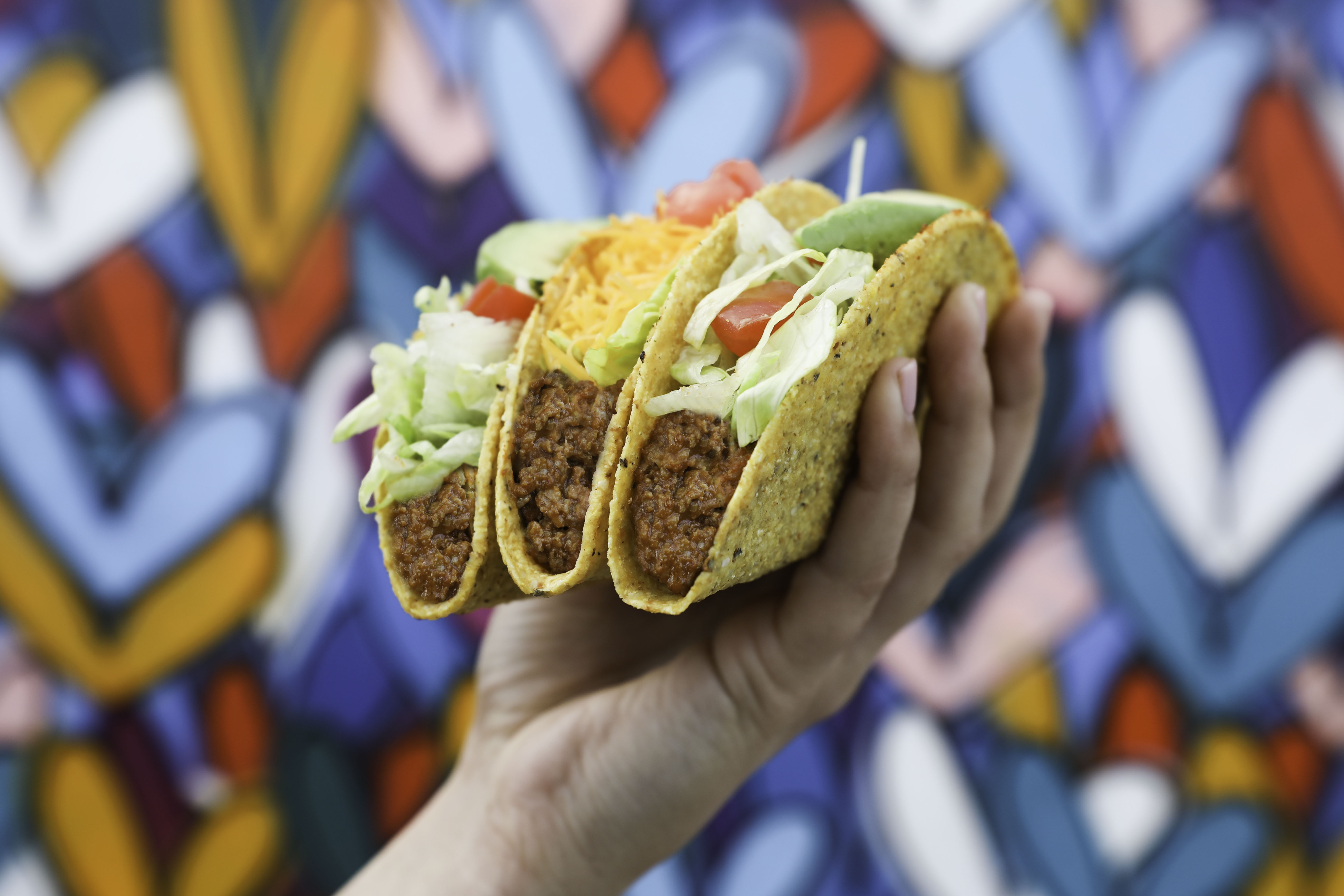 """Del Taco's newest """"meat"""" taco is 100% meatless"""