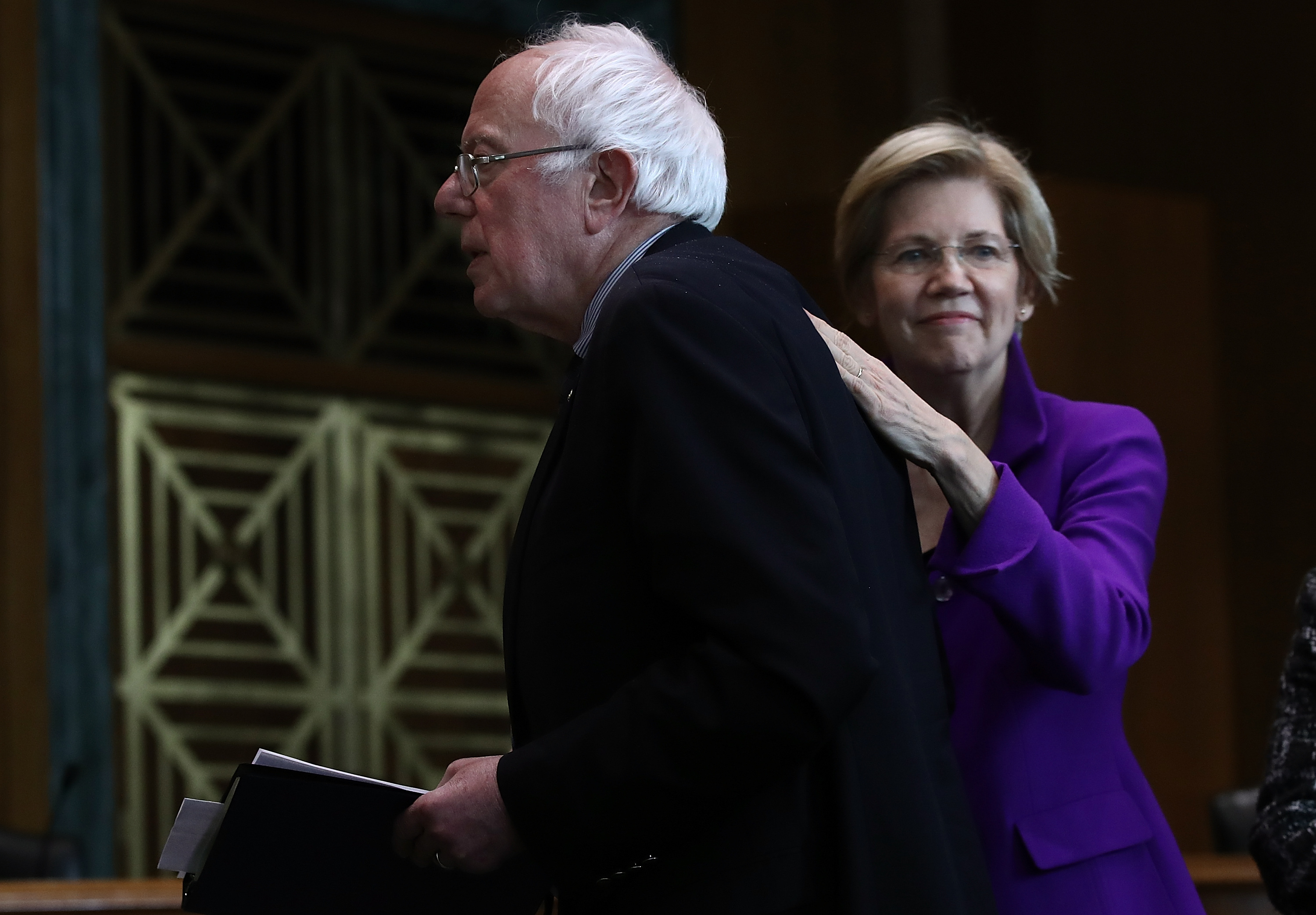 FEC reports: in small-donations race, it's Elizabeth Warren vs. Bernie Sanders