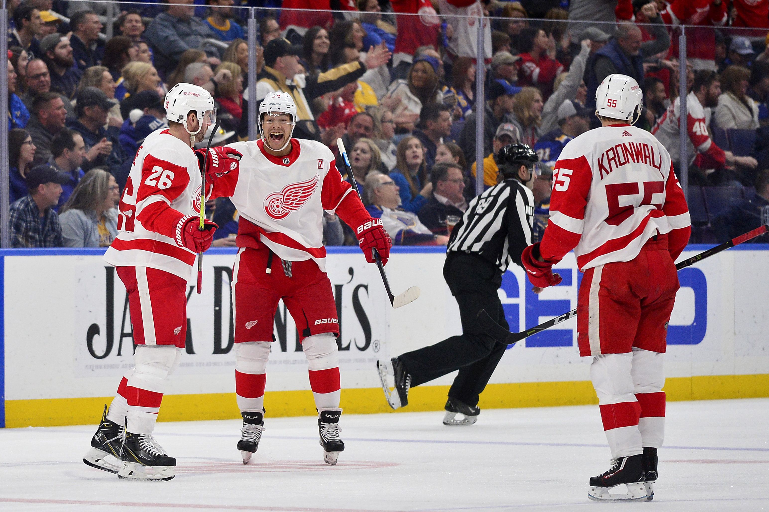 NHL: Detroit Red Wings at St. Louis Blues