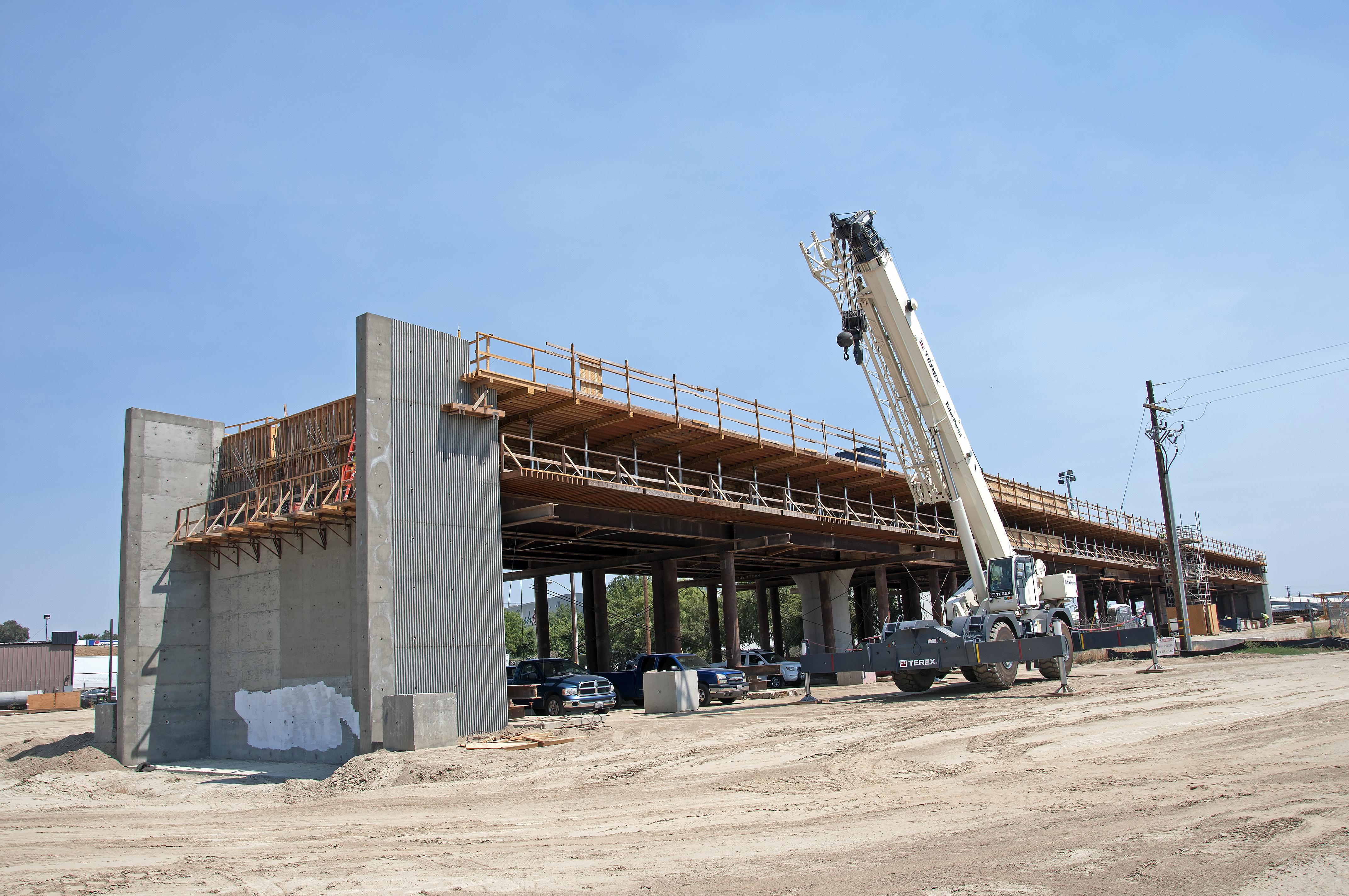 Metro leaders eye high-speed rail money for LA transit projects