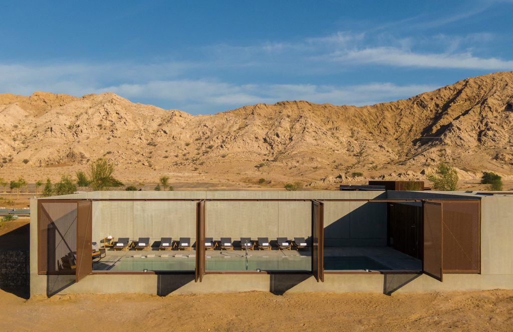 '60s grocery store becomes luxury hotel in the desert