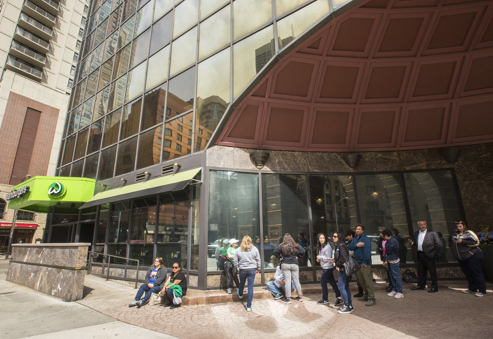 Wahlburger Fans Lined Up for Opening of Wahlberg Family's First Chicago Restaurant