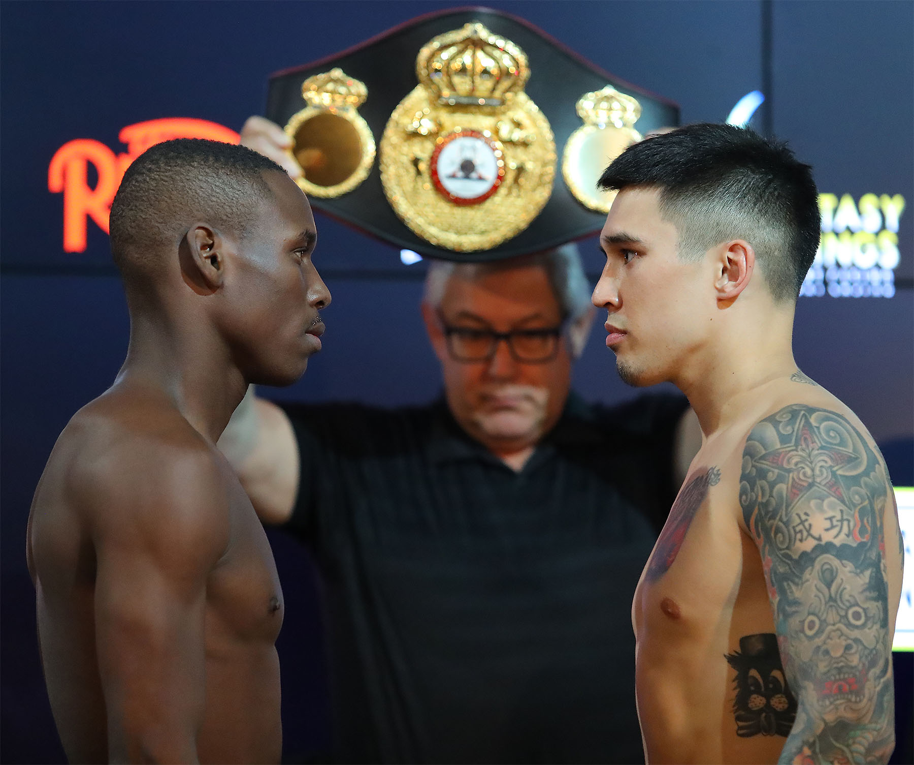 Live Boxing Coverage (Round-By-Round)