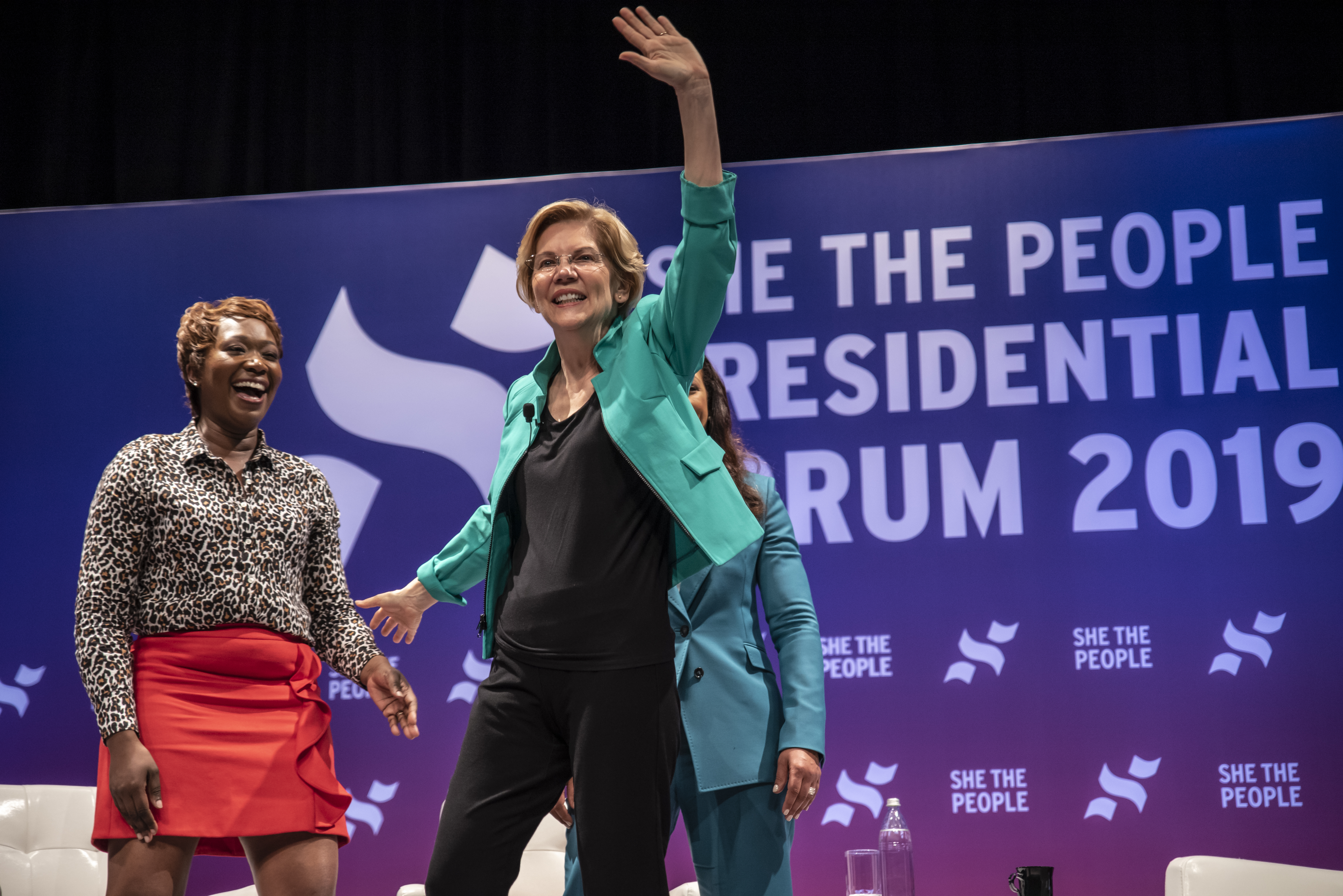 Prominent women of color are putting 2020 candidates on the spot. Warren and Harris shined.