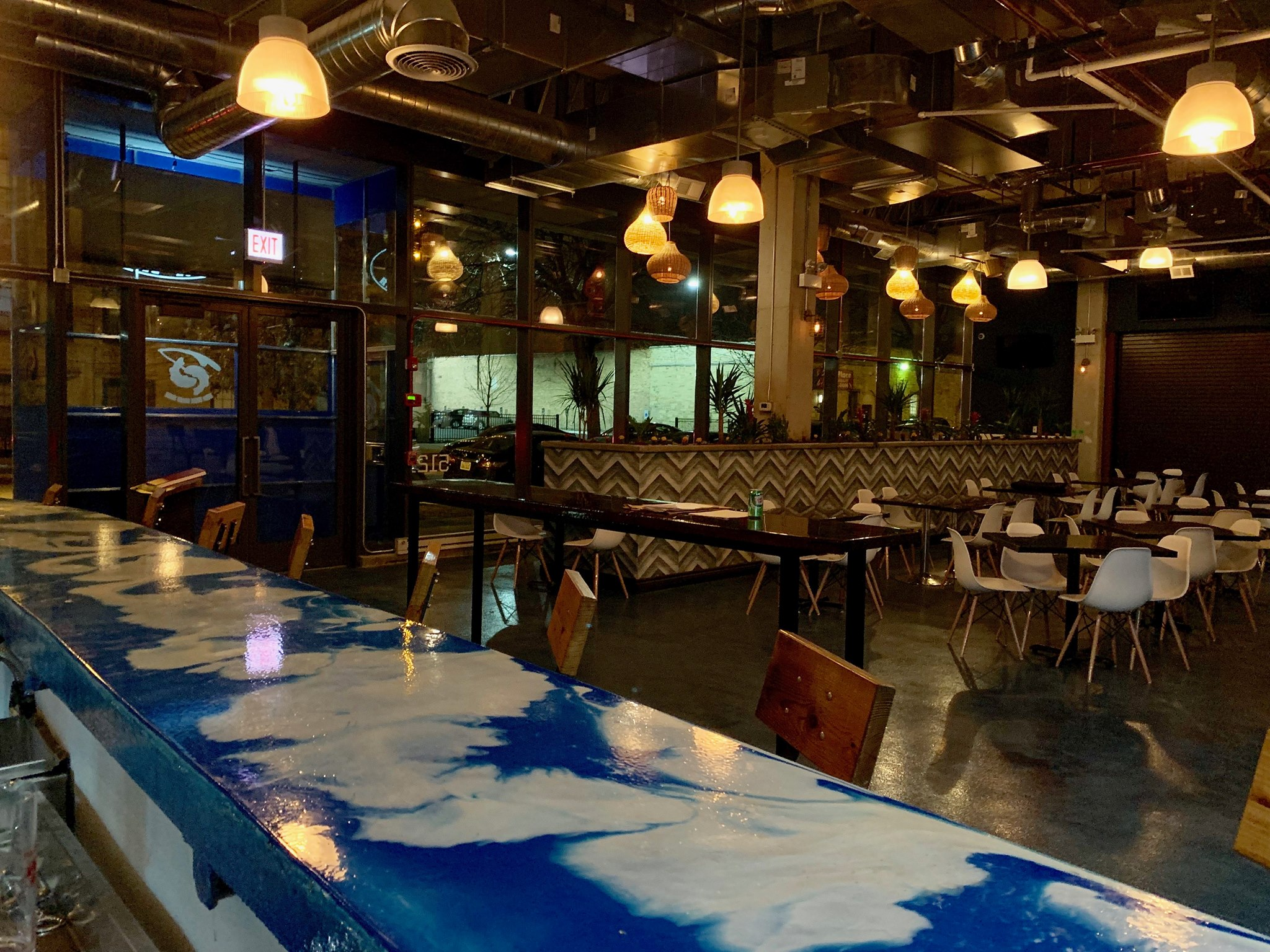 Hyde Park Restaurant to Split Into Two With Barbecue and Seafood Menus
