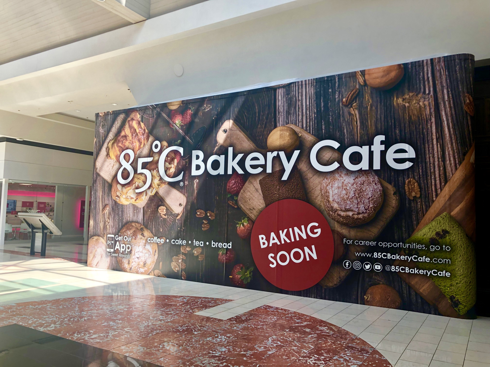 All Signs Point to a Beloved Taiwanese Bakery Opening in Washington Square Mall