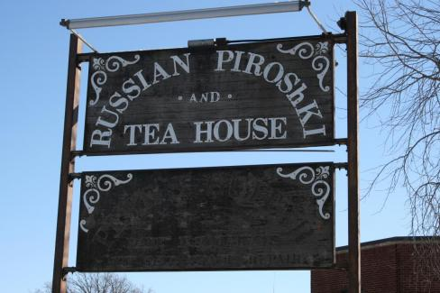 Iconic University Avenue Russian Tea House Ends After 40 Years