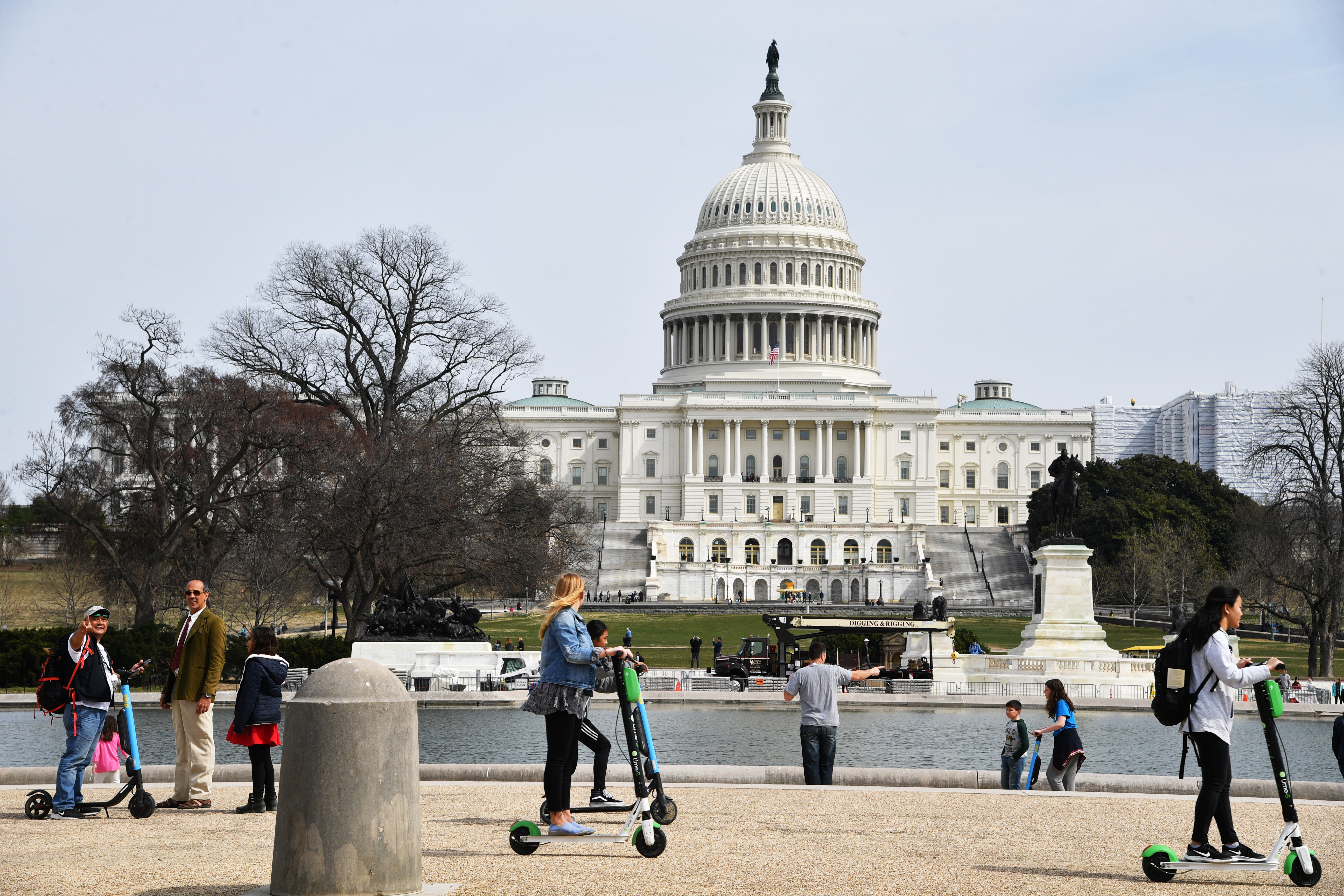 D.C. permits almost 5K shared electric scooters and electric bikes on city streets