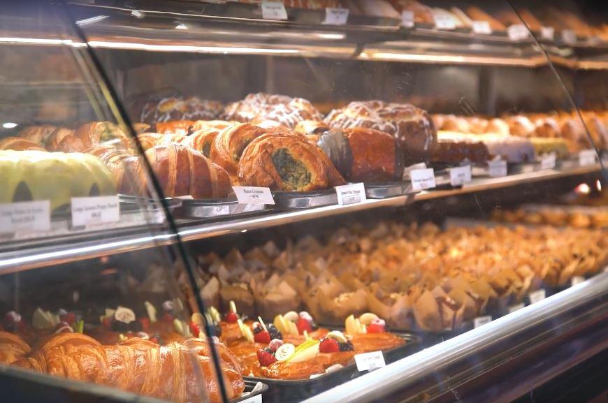 Porto's Bakery pastry case