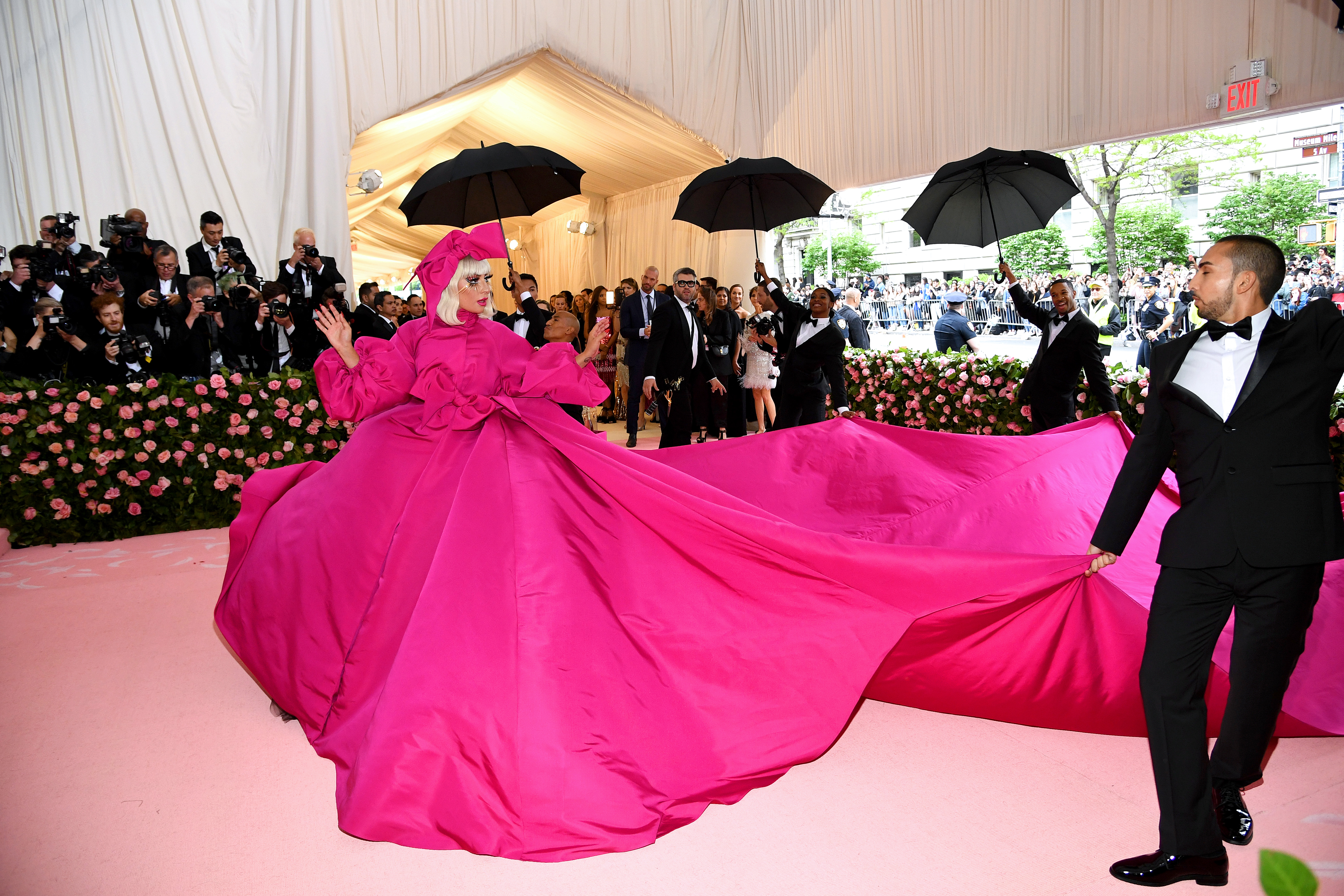 What is camp: this year's Met Gala theme, explained - Vox