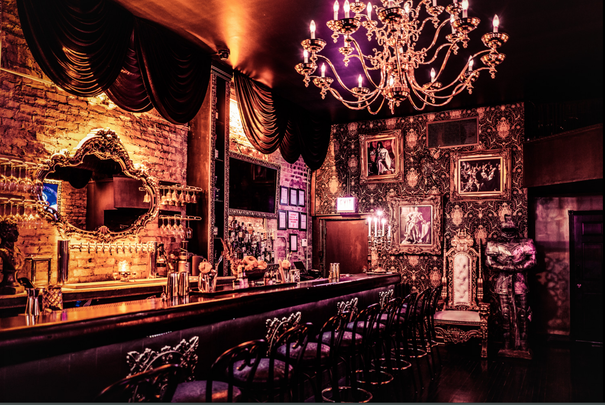 A Majestic Cocktail Lounge With a Royal Throne Opens in Lincoln Park