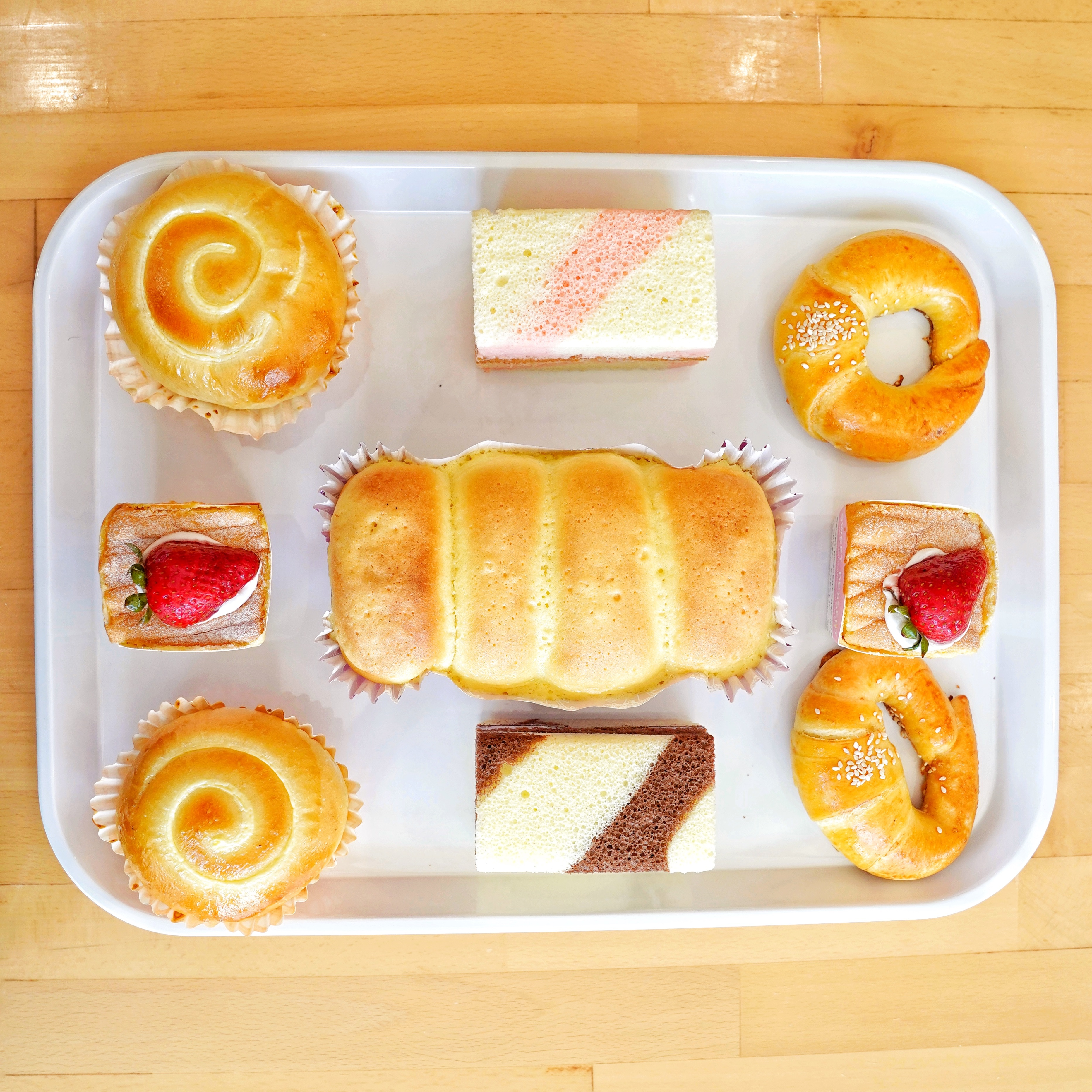 85°C Bakery Café Unloads Its Massively Popular Desserts on Edmonds This Week