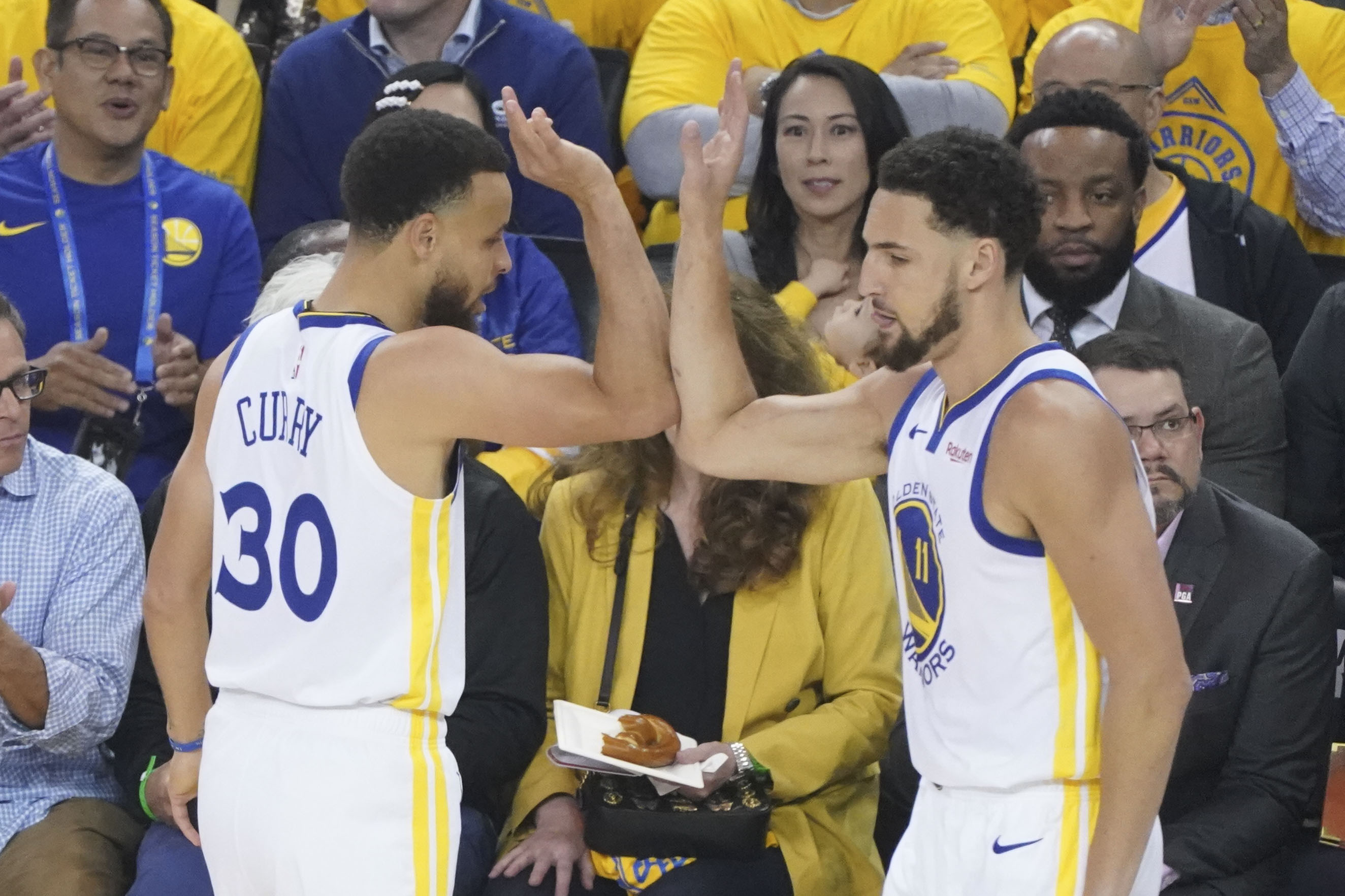 561b2c001e64 Podcast  Steph Curry and the Warriors take Game 1