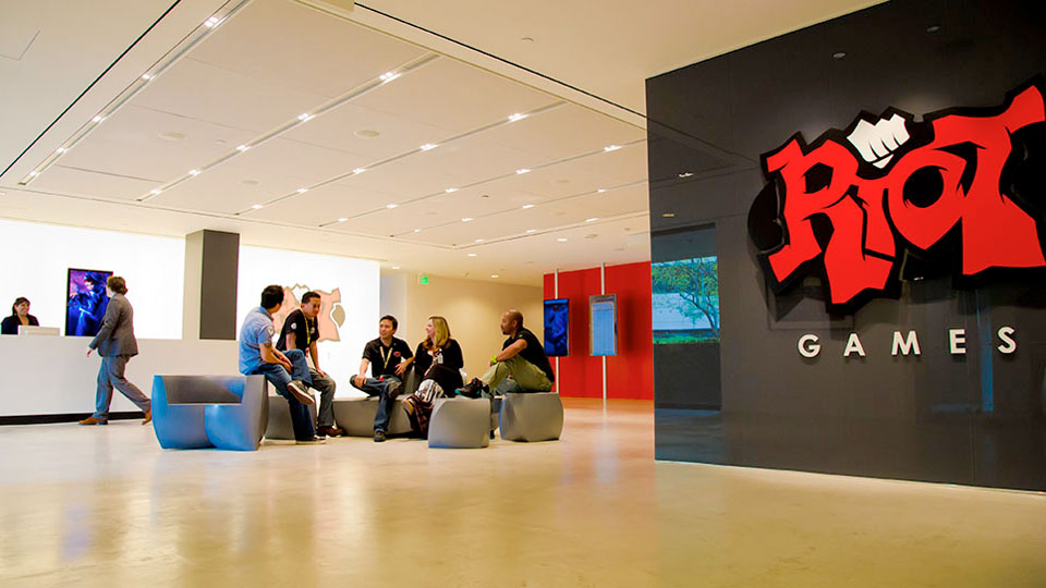 Riot Games will not allow employees to opt out of arbitration, despite company-wide walk out